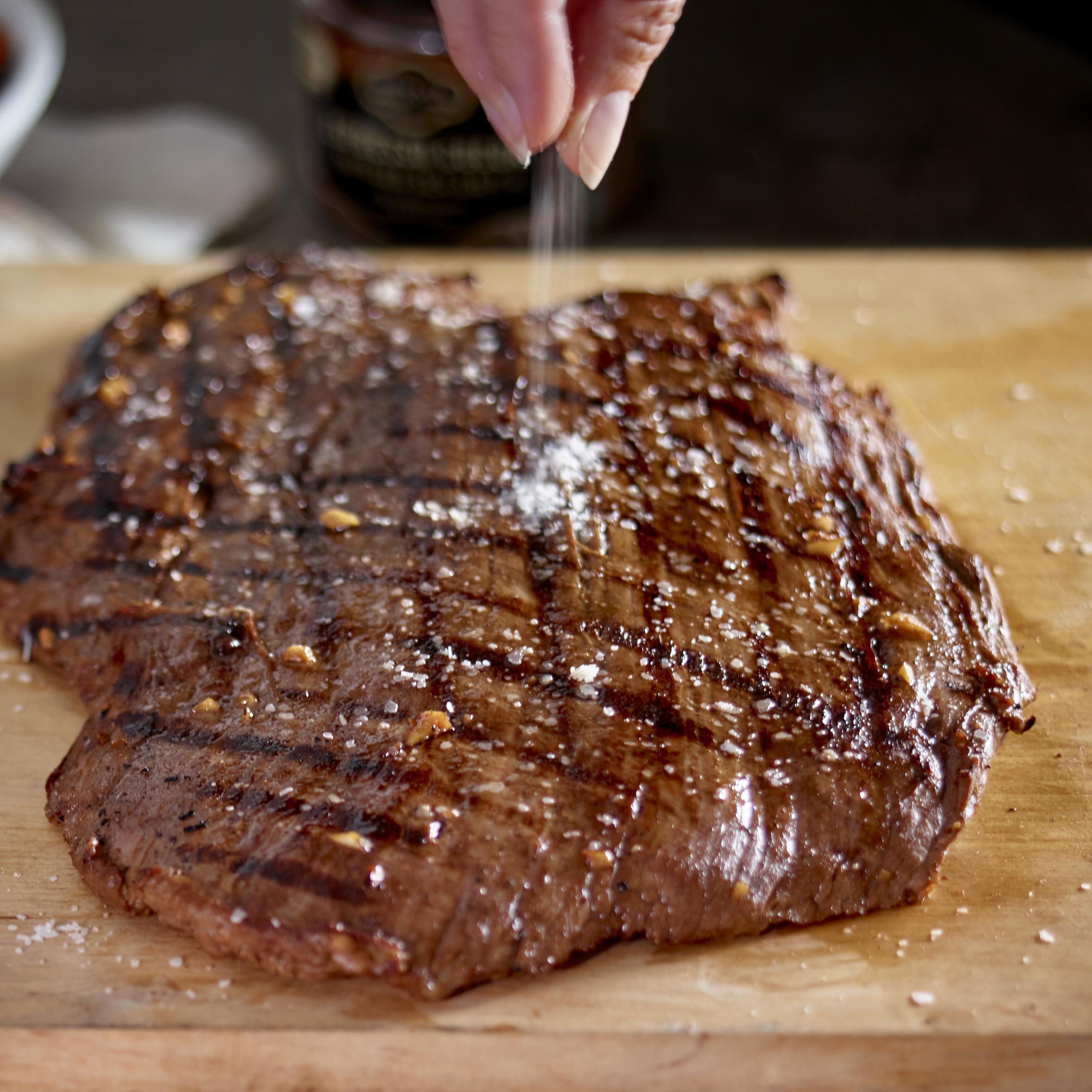 Steak_W_Truffle_Salt_Roasted_Root_Veggies_V1.jpg