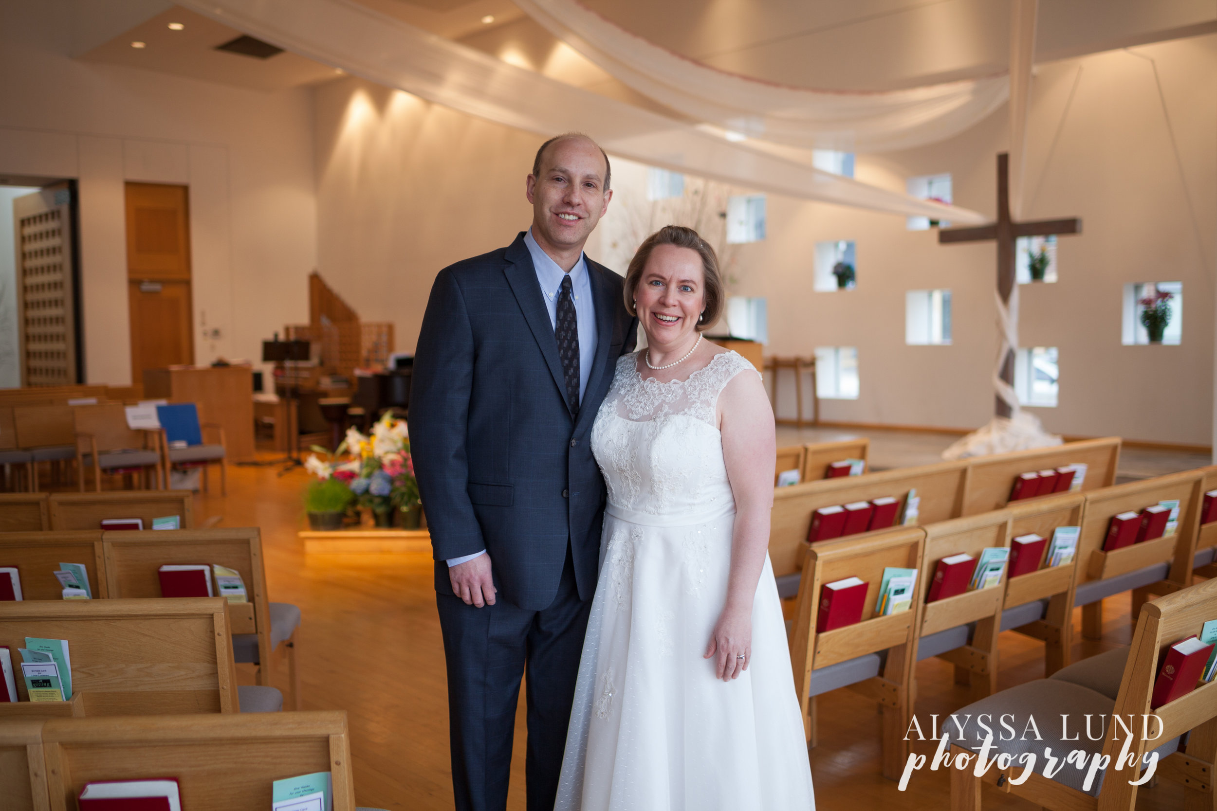 Creative Minneapolis Wedding Photography by Alyssa Lund Photography