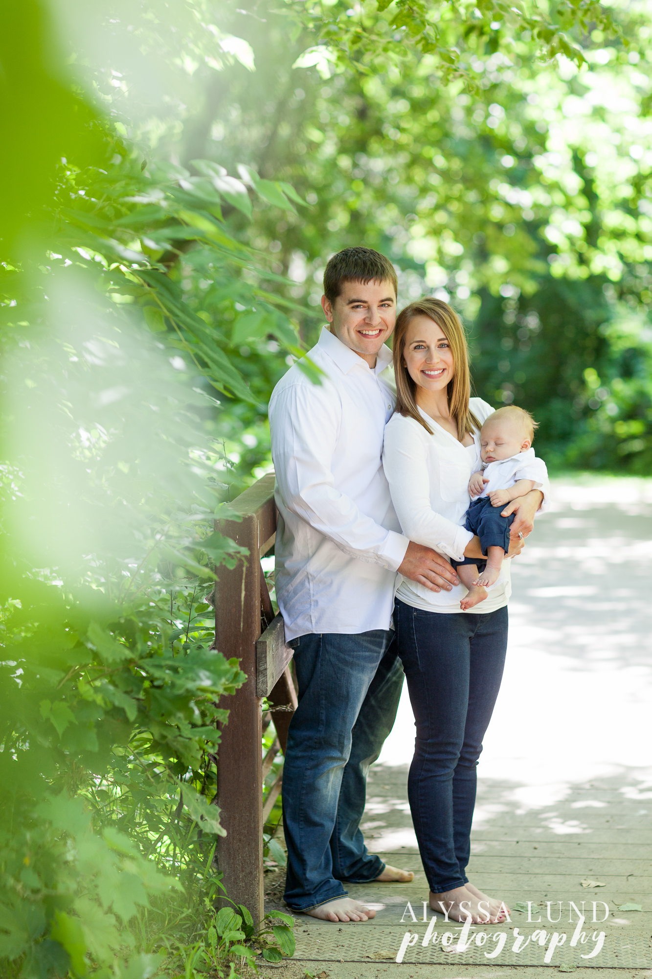 Minnesota outdoor newborn session with parents