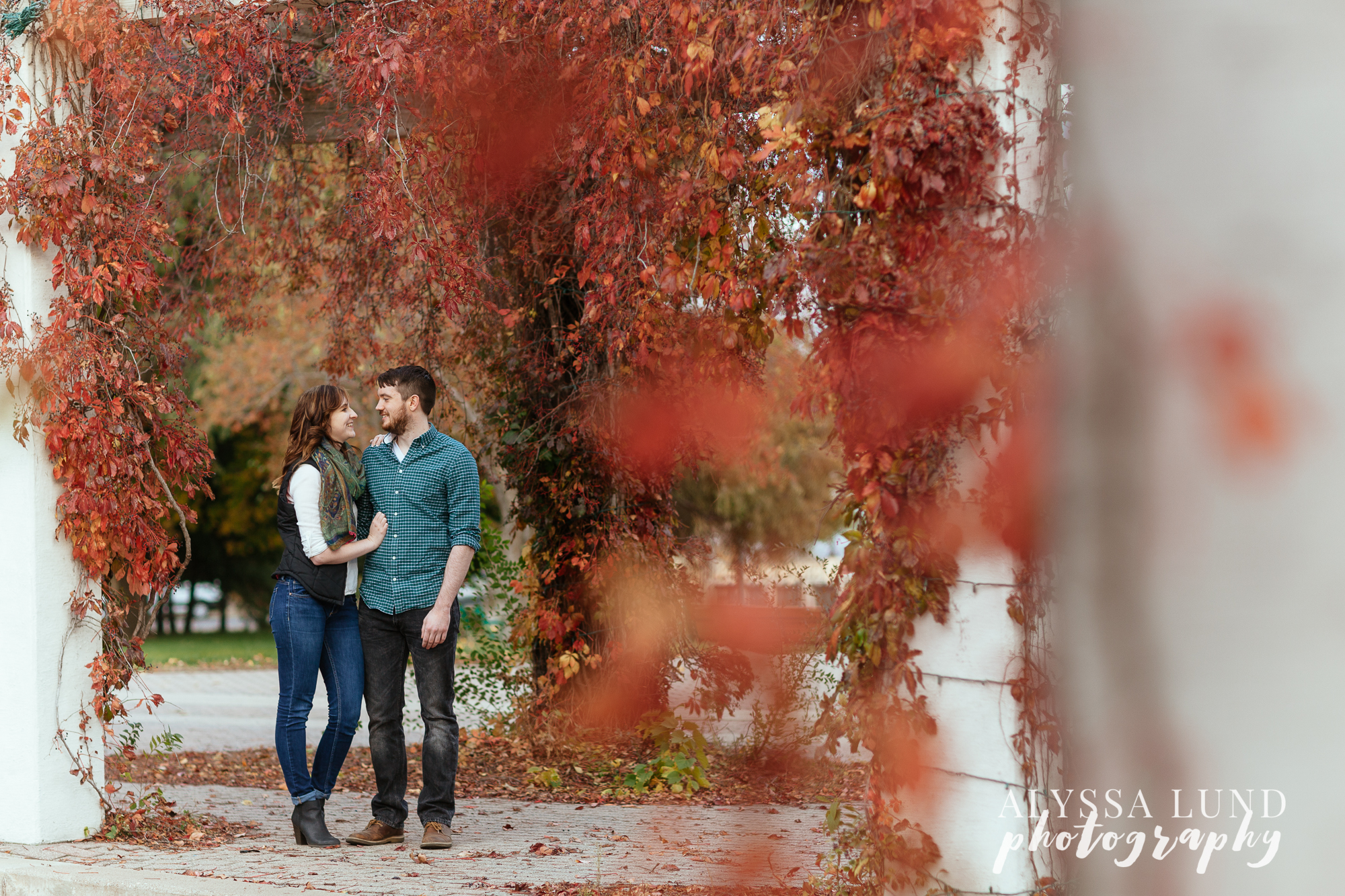 St. Paul Fall Engagement Session downtown