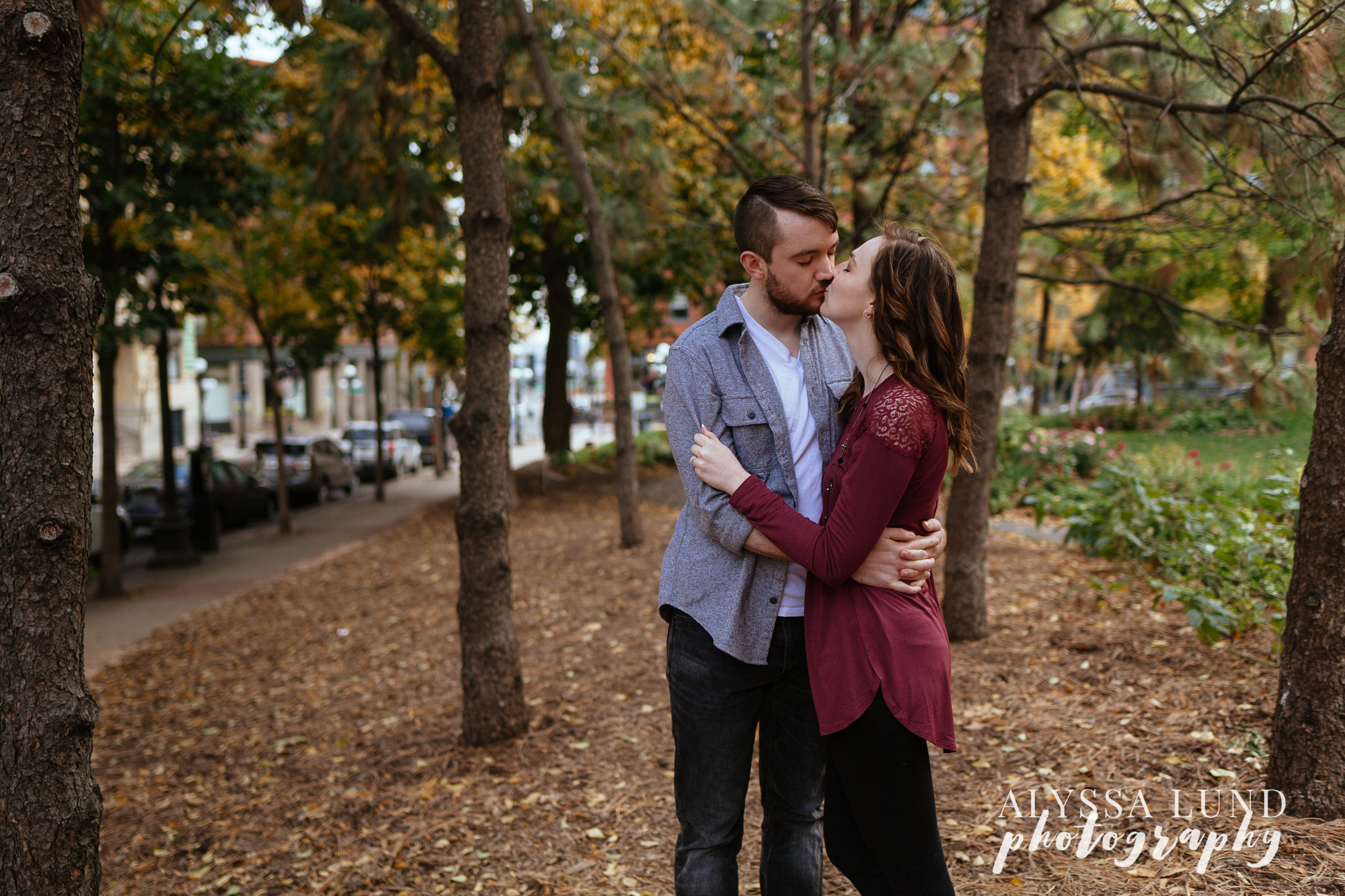 St. Paul Fall Engagement Session by Alyssa Lund Photography