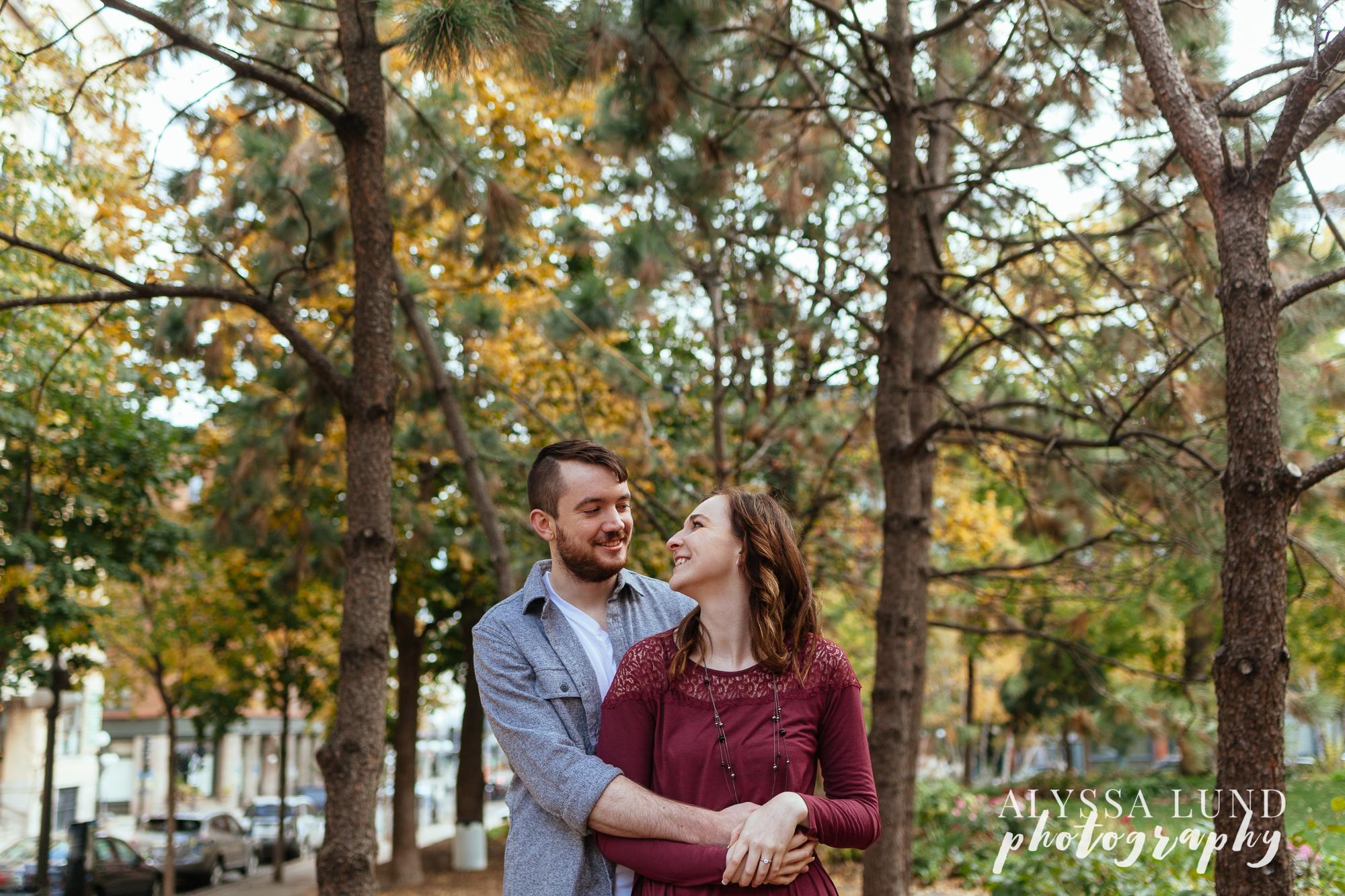 outdoor Minneapolis wedding photography