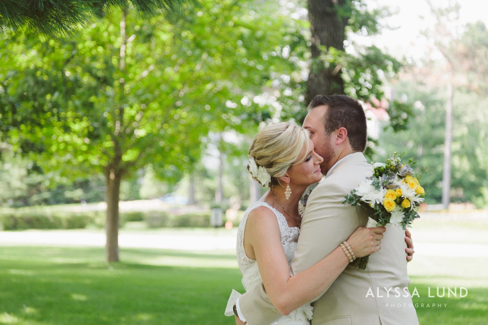 Minnesota Backyard Wedding-06