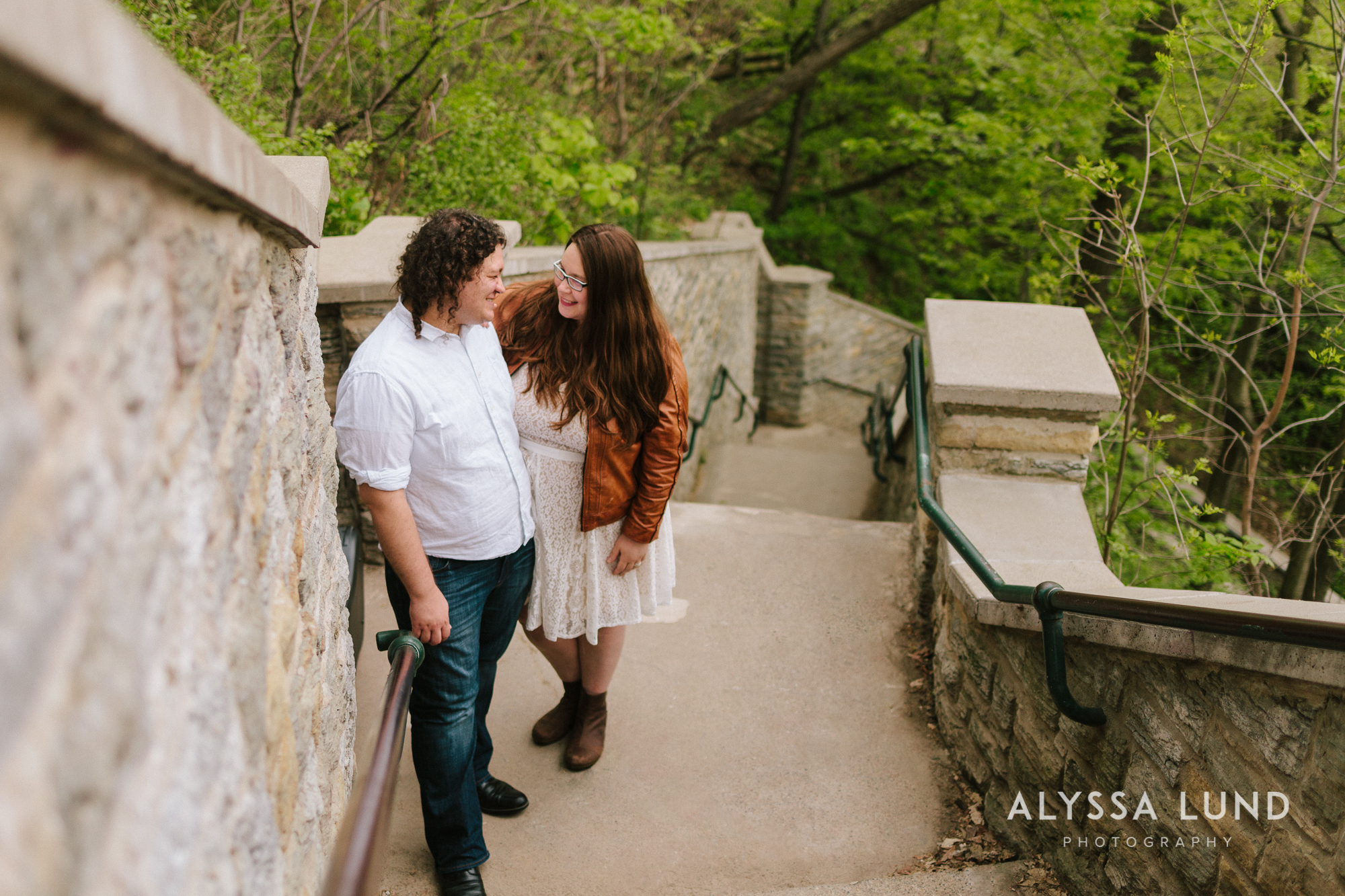 Creative-Minneapolis-engagement-photography-by-Alyssa-Lund-Photography.jpg