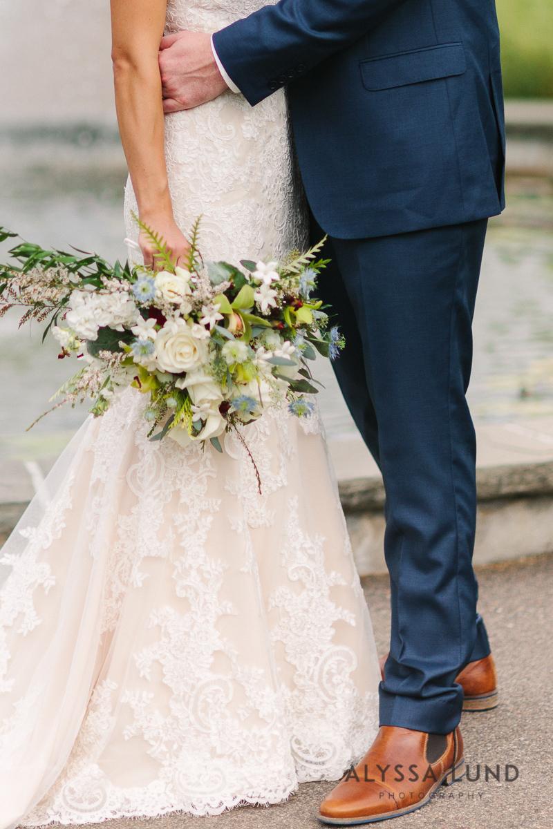 Minnesota Arboretum Wedding Photography by Alyssa Lund Photography-24.jpg