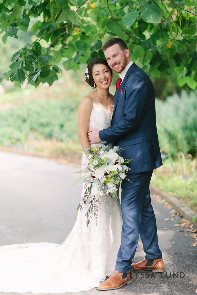 Minnesota Arboretum Wedding Photography by Alyssa Lund Photography-26.jpg