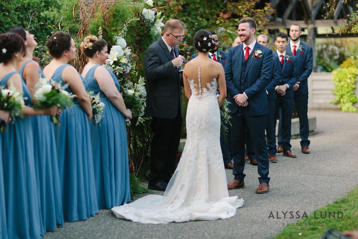 Minnesota Arboretum Wedding Photography by Alyssa Lund Photography-52.jpg