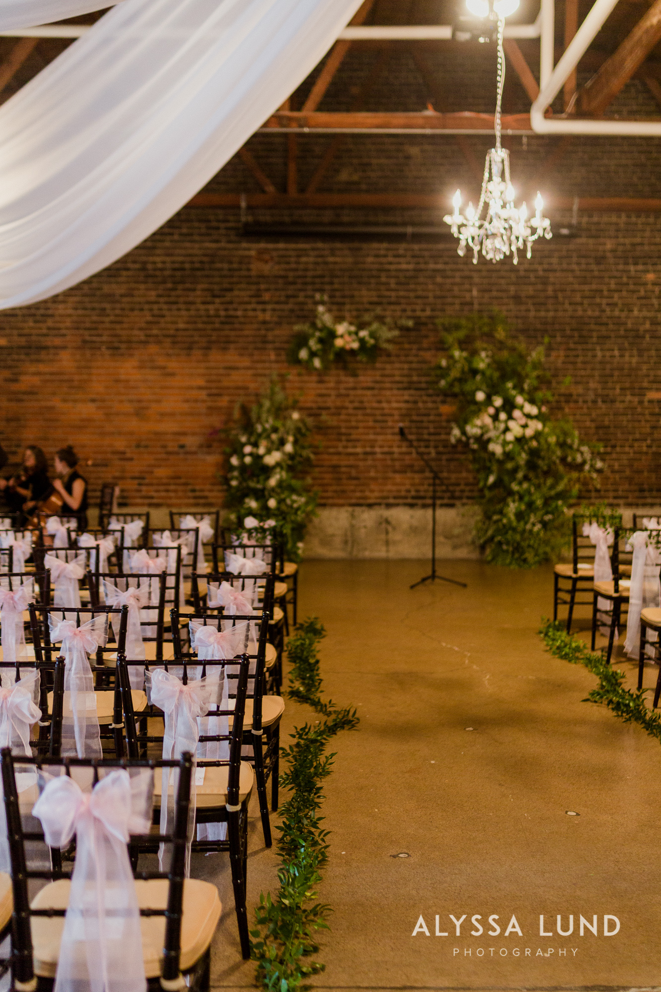 Michelle and Tim's 514 Studios Wedding in Minneapolis North Loop-31.jpg