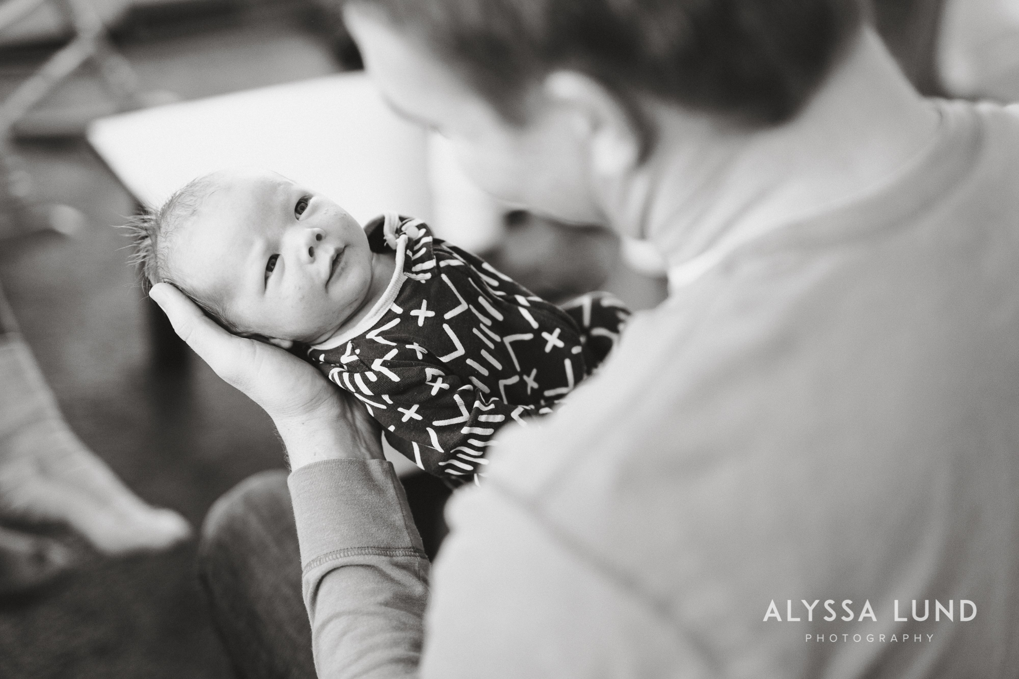 Minnesota Lifestyle Newborn Photography-11.jpg
