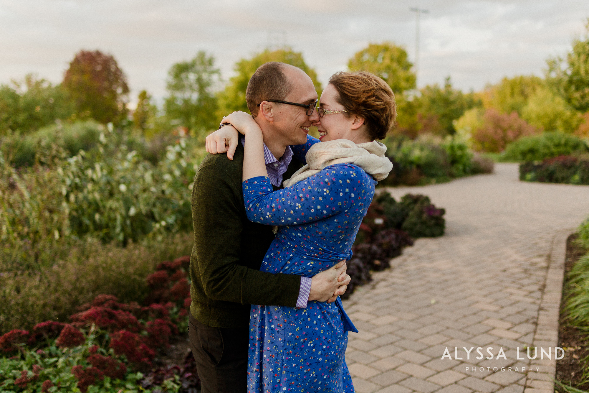 Fall couple portraits in Minneapolis-5.jpg