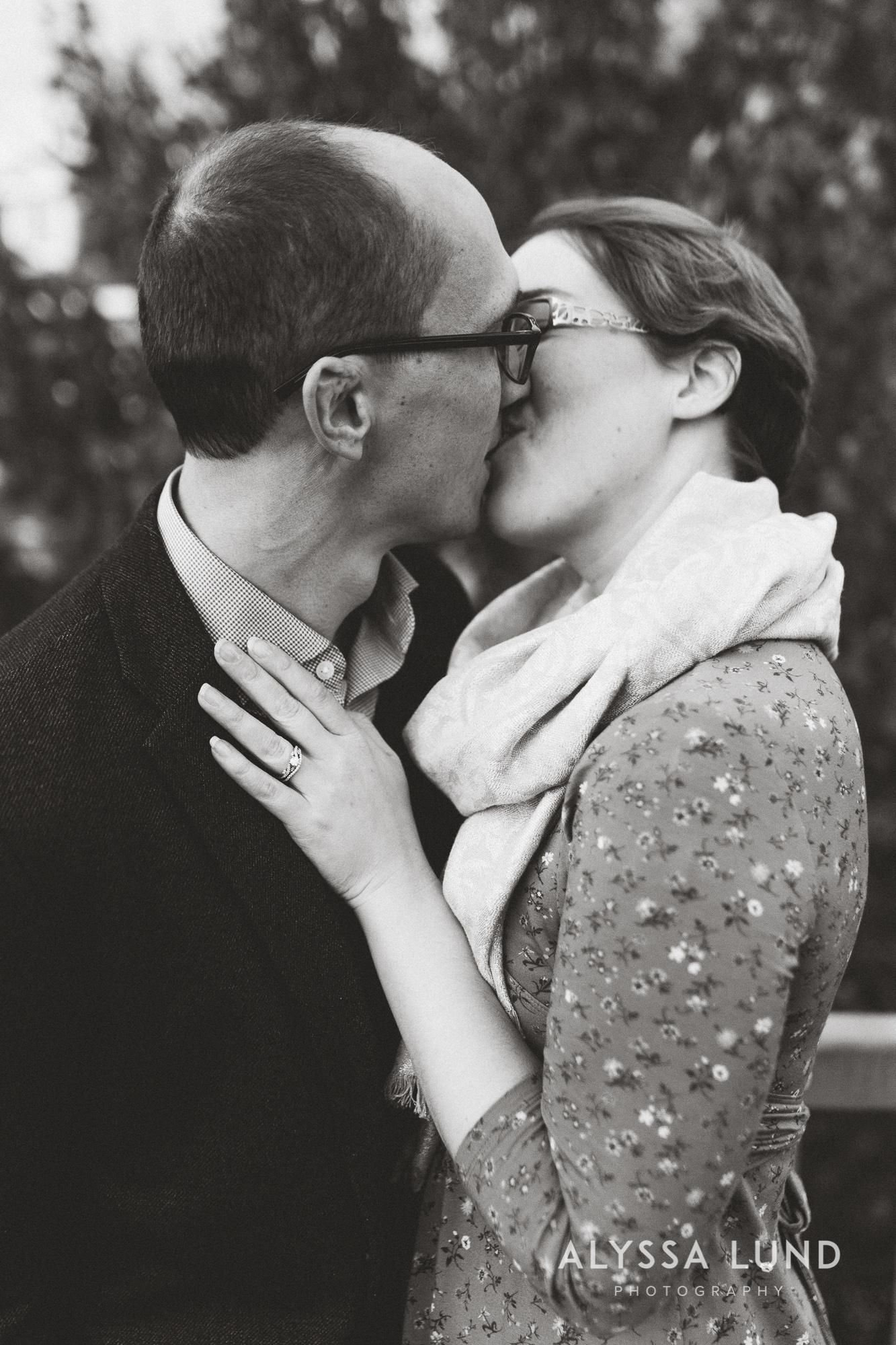 Fall couple portraits in Minneapolis-9.jpg