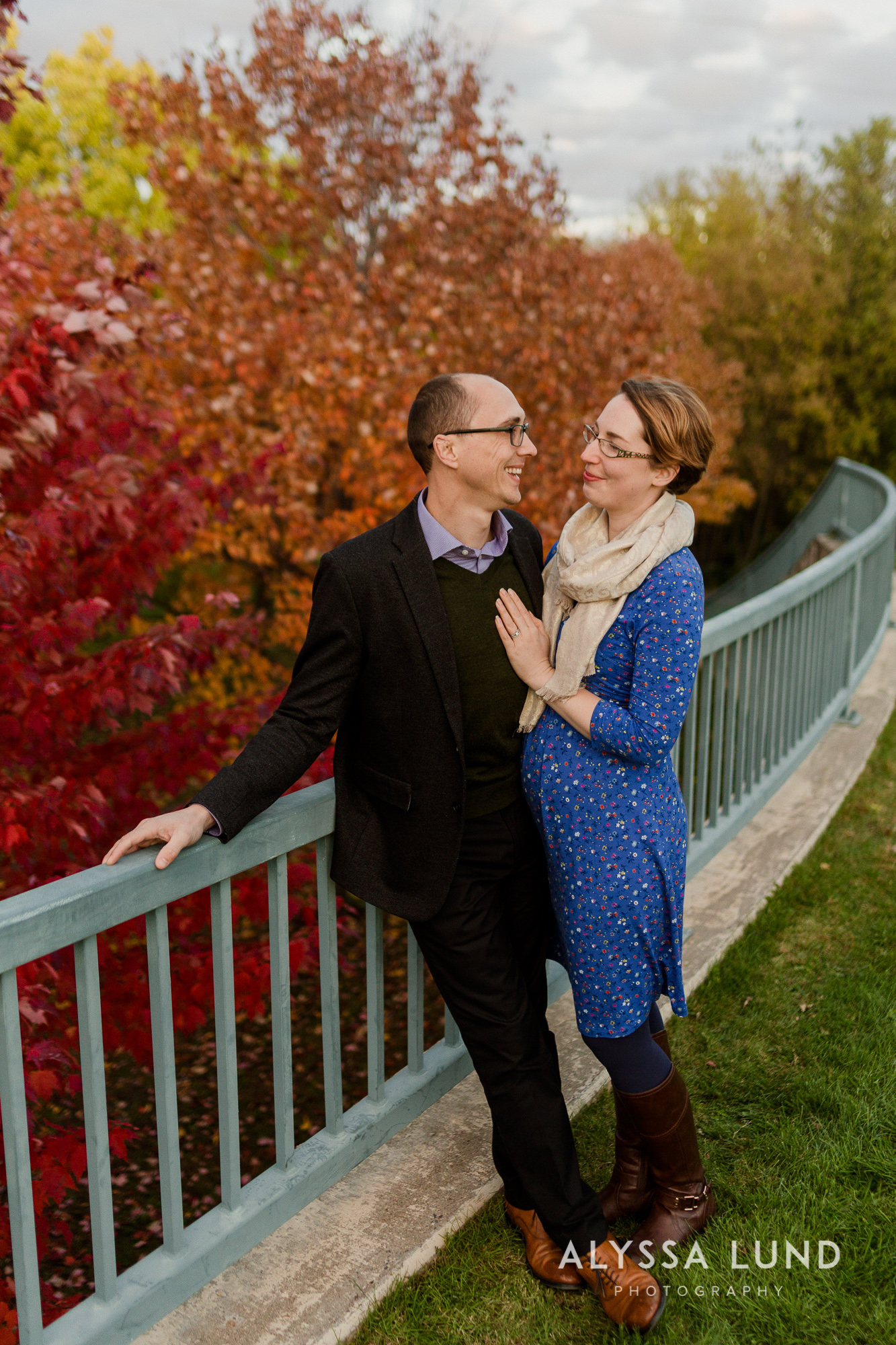 Fall couple portraits in Minneapolis-10.jpg