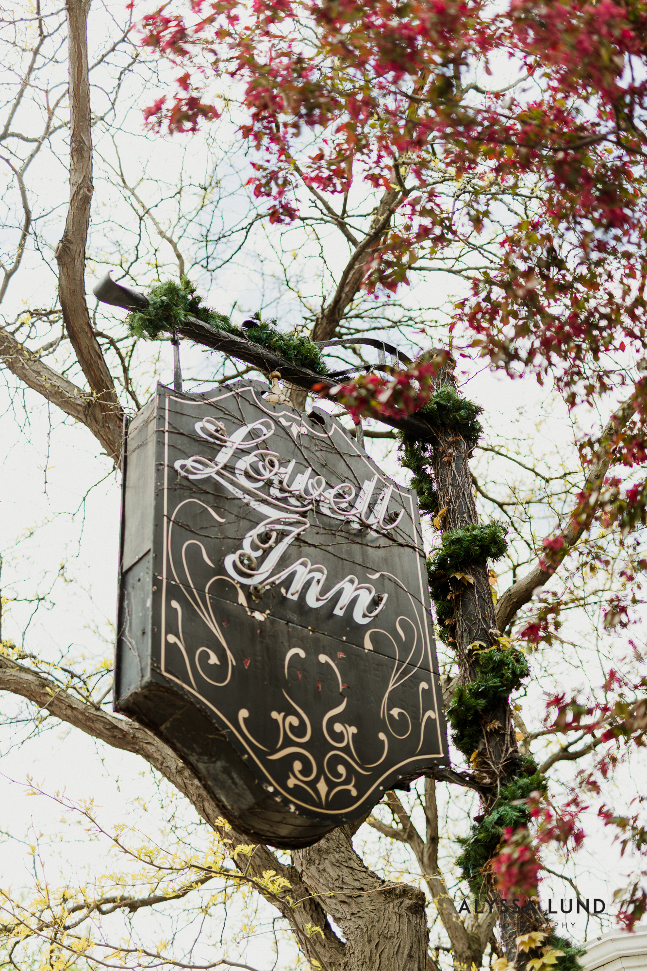 Lowell Inn Stillwater Wedding Photography-1.jpg
