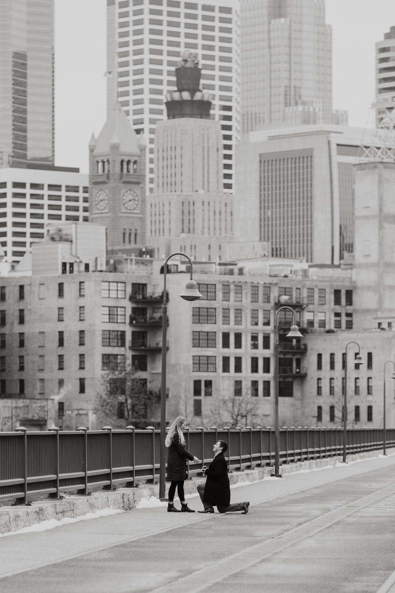 Minneapolis Proposal Photographer-3.jpg