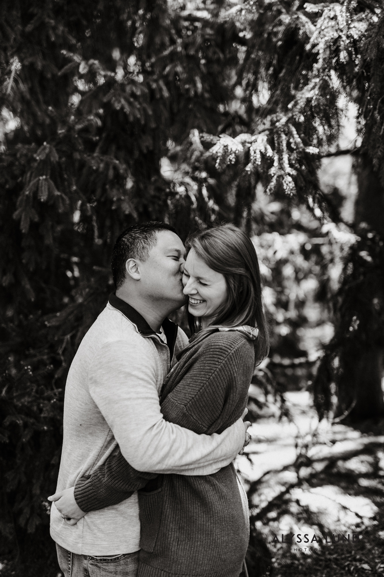 Spring engagement photography MN Arboretum-12.jpg