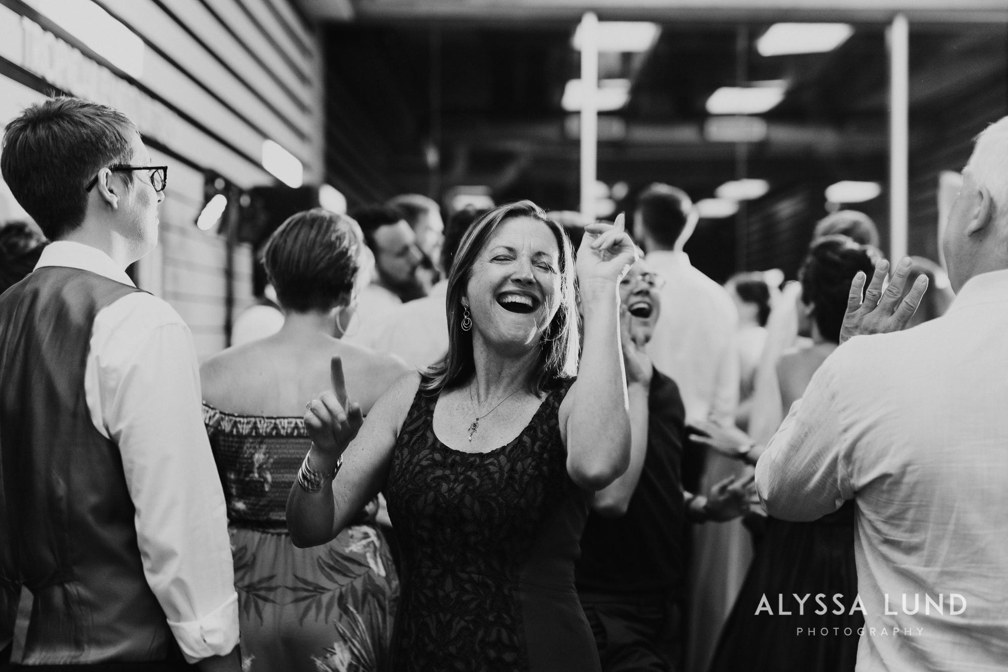 St. Paul Como Conservatory Wedding Photography-60.jpg
