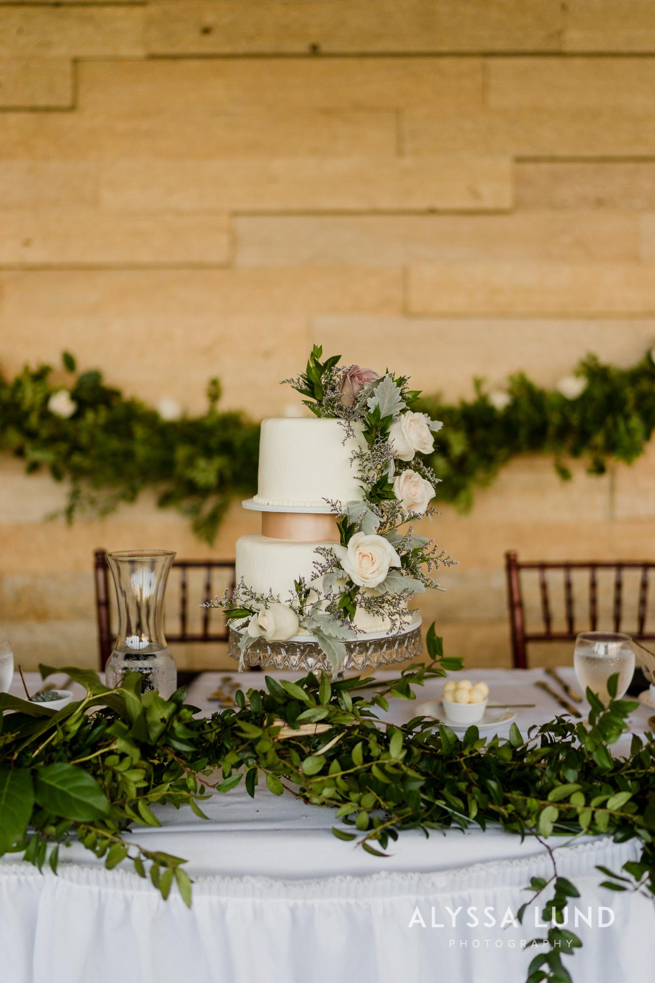St. Paul Como Conservatory Wedding Photography-47.jpg