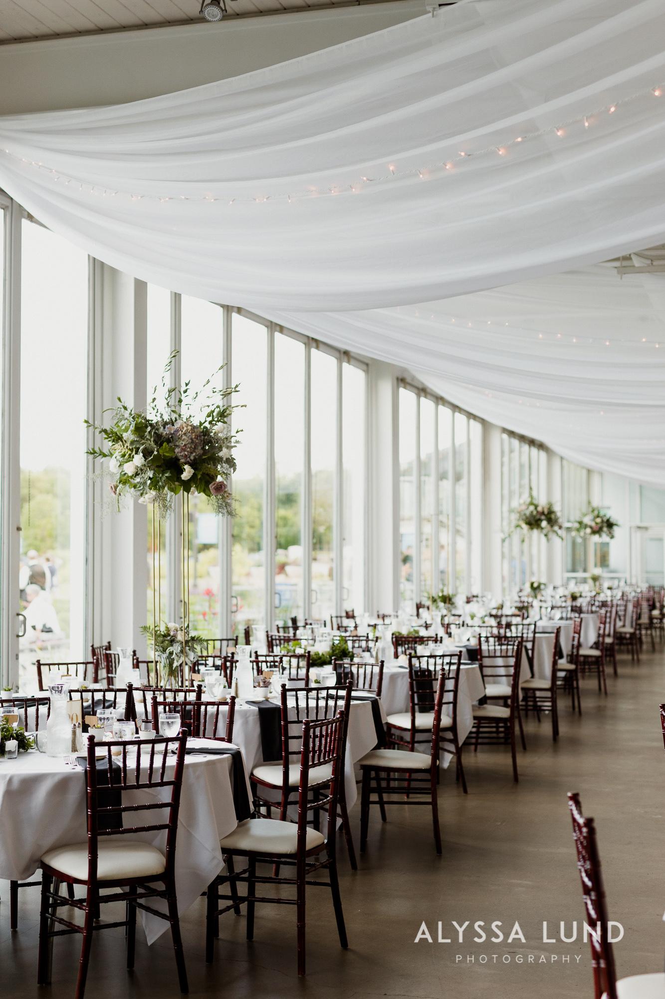St. Paul Como Conservatory Wedding Photography-42.jpg