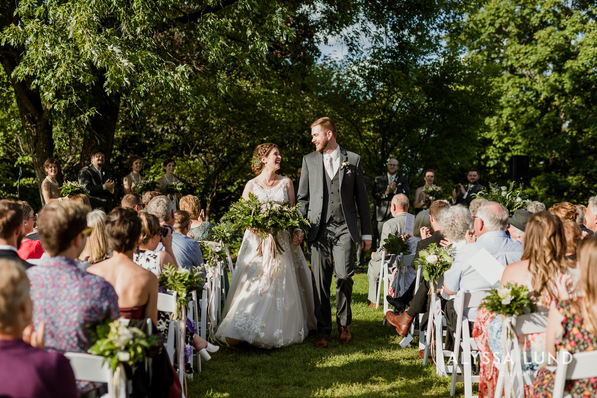 St. Paul Como Conservatory Wedding Photography-39.jpg