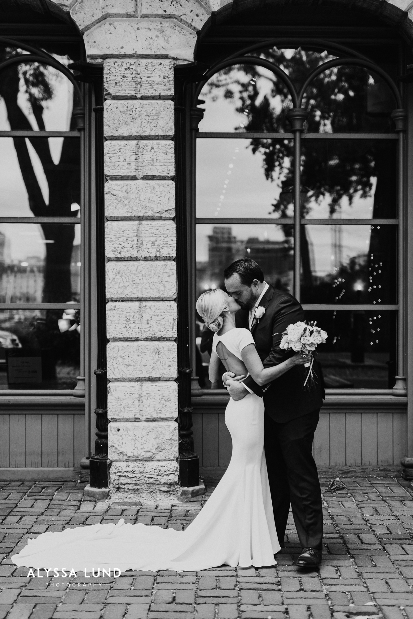 Minneapolis Wedding Photography at Aster Cafe-23.jpg