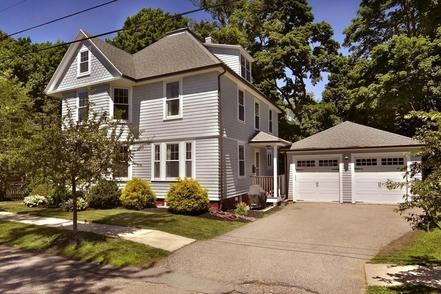 24 Whittier St. Amesbury - 4 beds, 3 baths - recently reduced to: $489,000