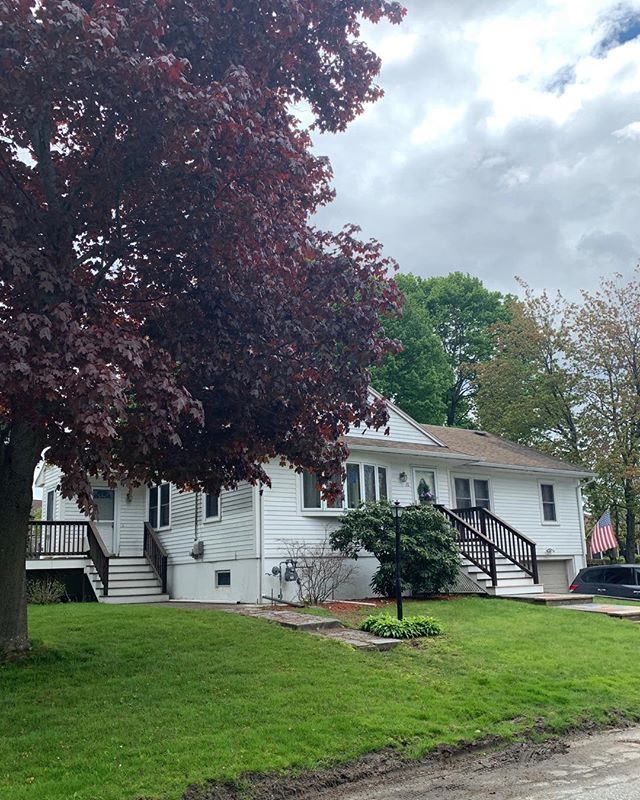 I just got the update… This  #NorthAndover home is ready for a new owner…