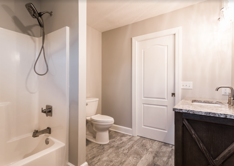 PH_Design_and_construction_lakehouse_remodel_bathroom
