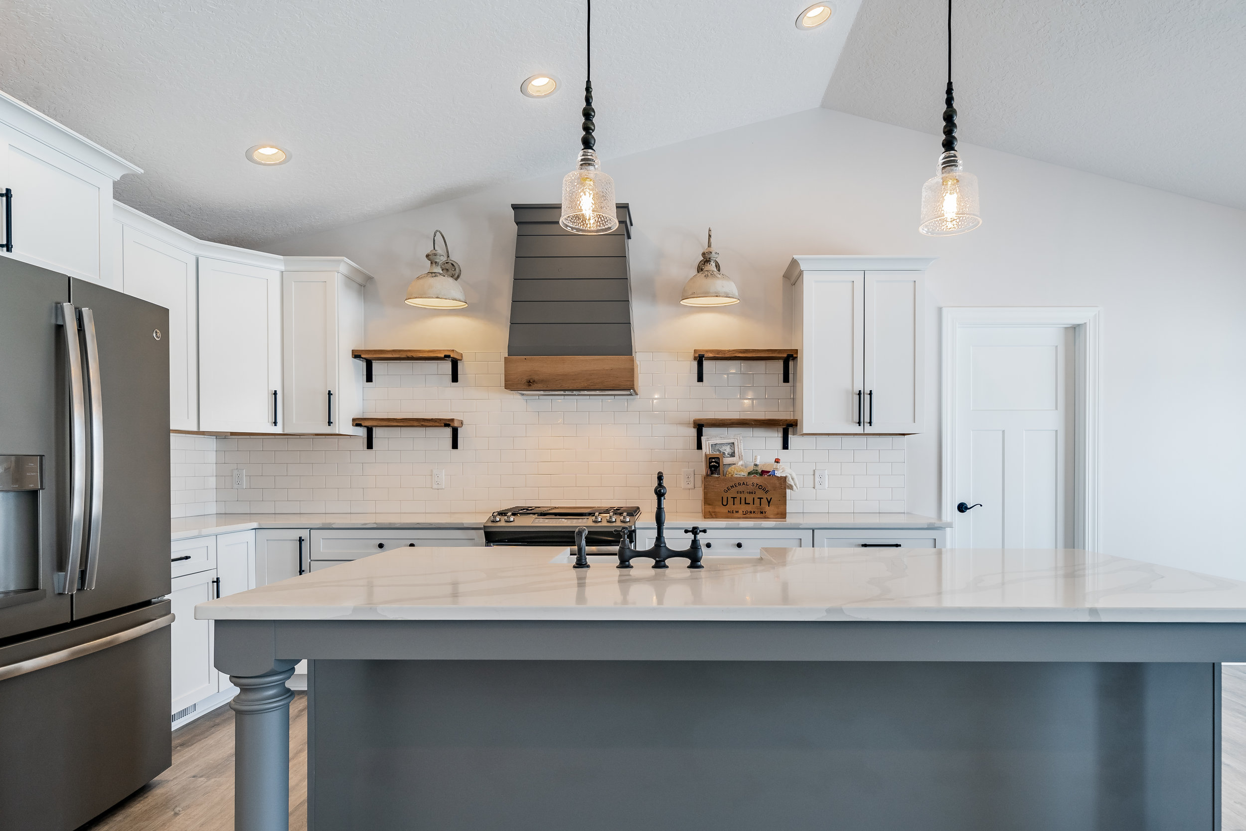 PH_design_and_construction_aultmore_kitchen_island