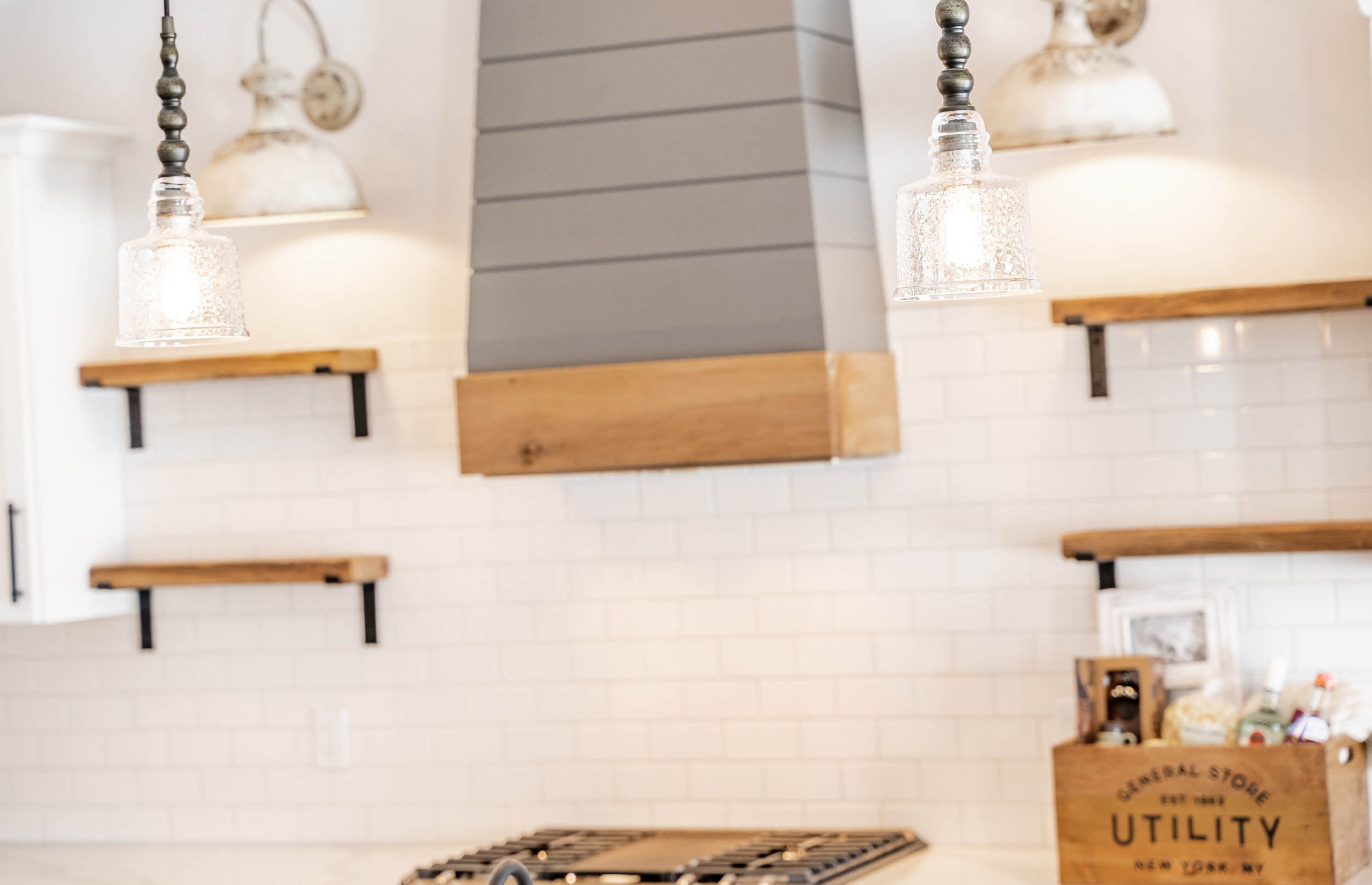 PH_design_and_construction_aultmore_custom_shelves