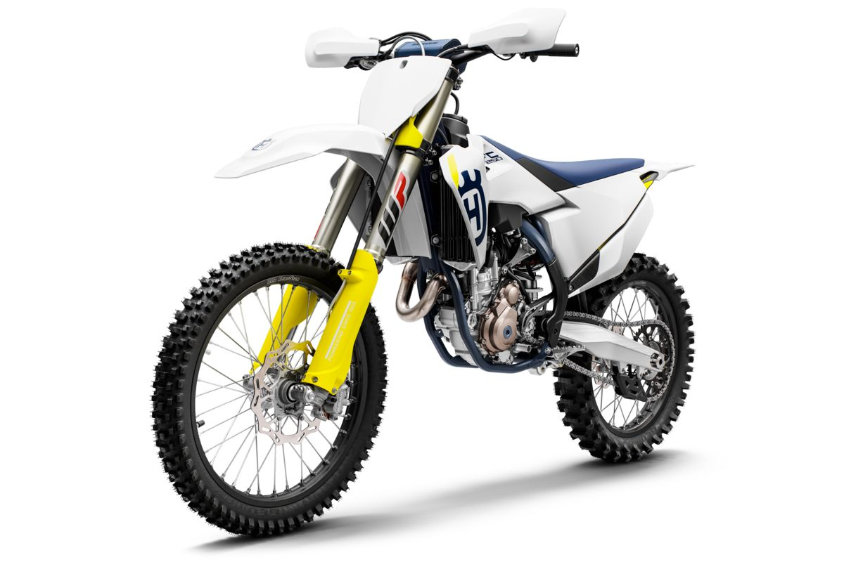 Husqvarna FC 250 2019 x Babes in the Dirt 5
