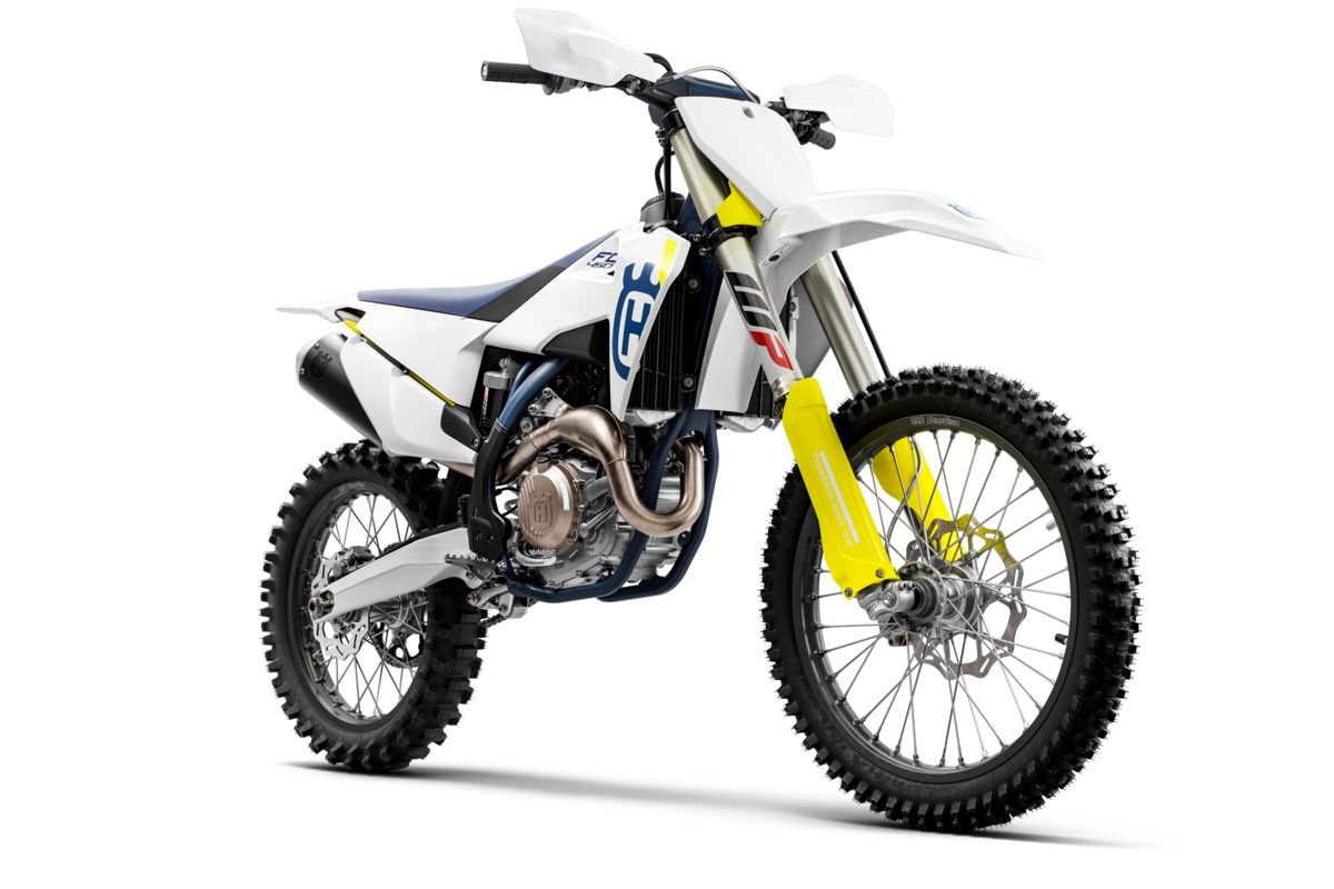 Husqvarna FC 450 2019  x Babes in the Dirt