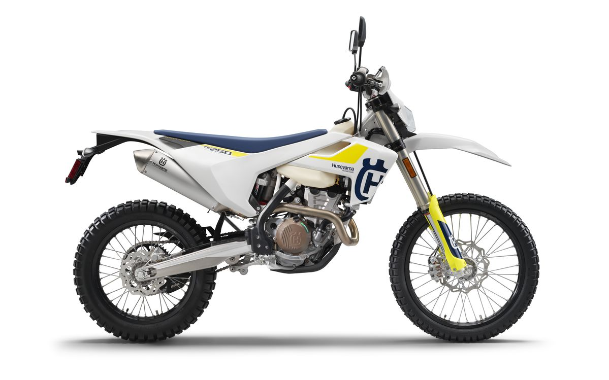 Husqvarna FE 250 2019  x Babes in the Dirt