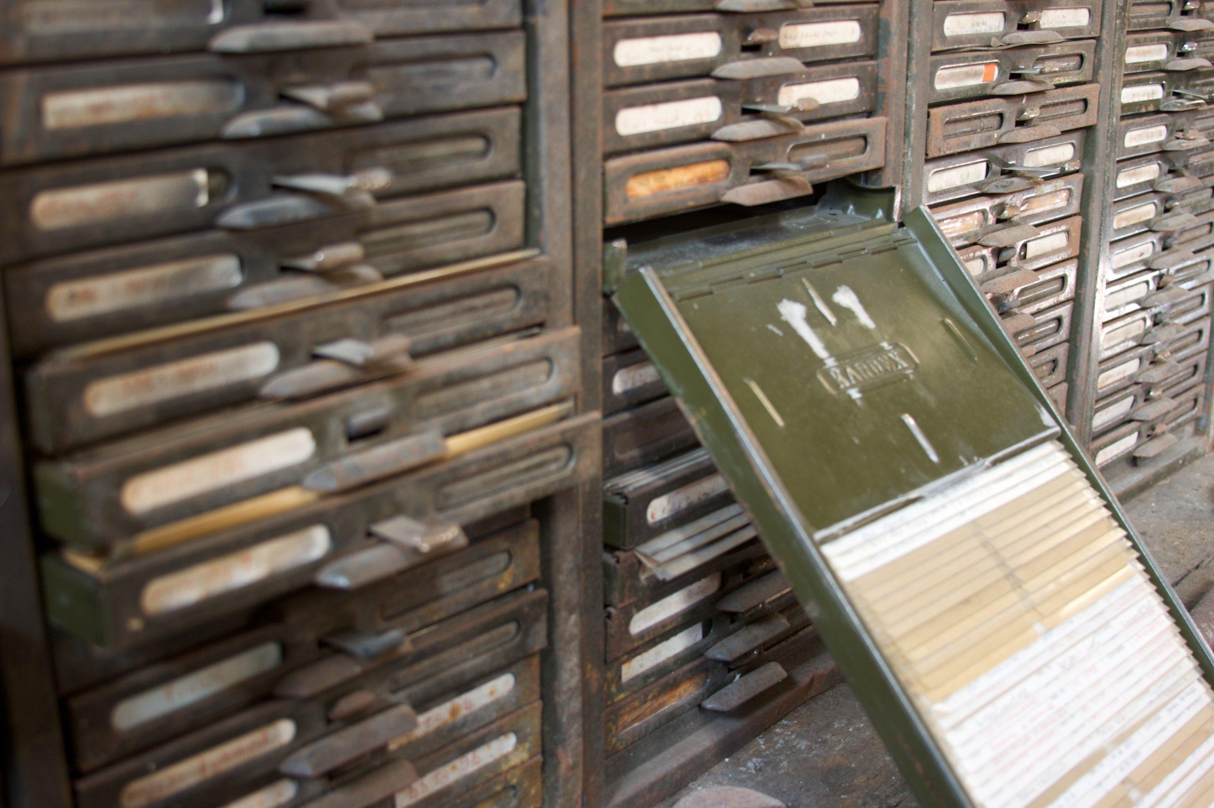 Old_kardex_file_cabinet.jpg