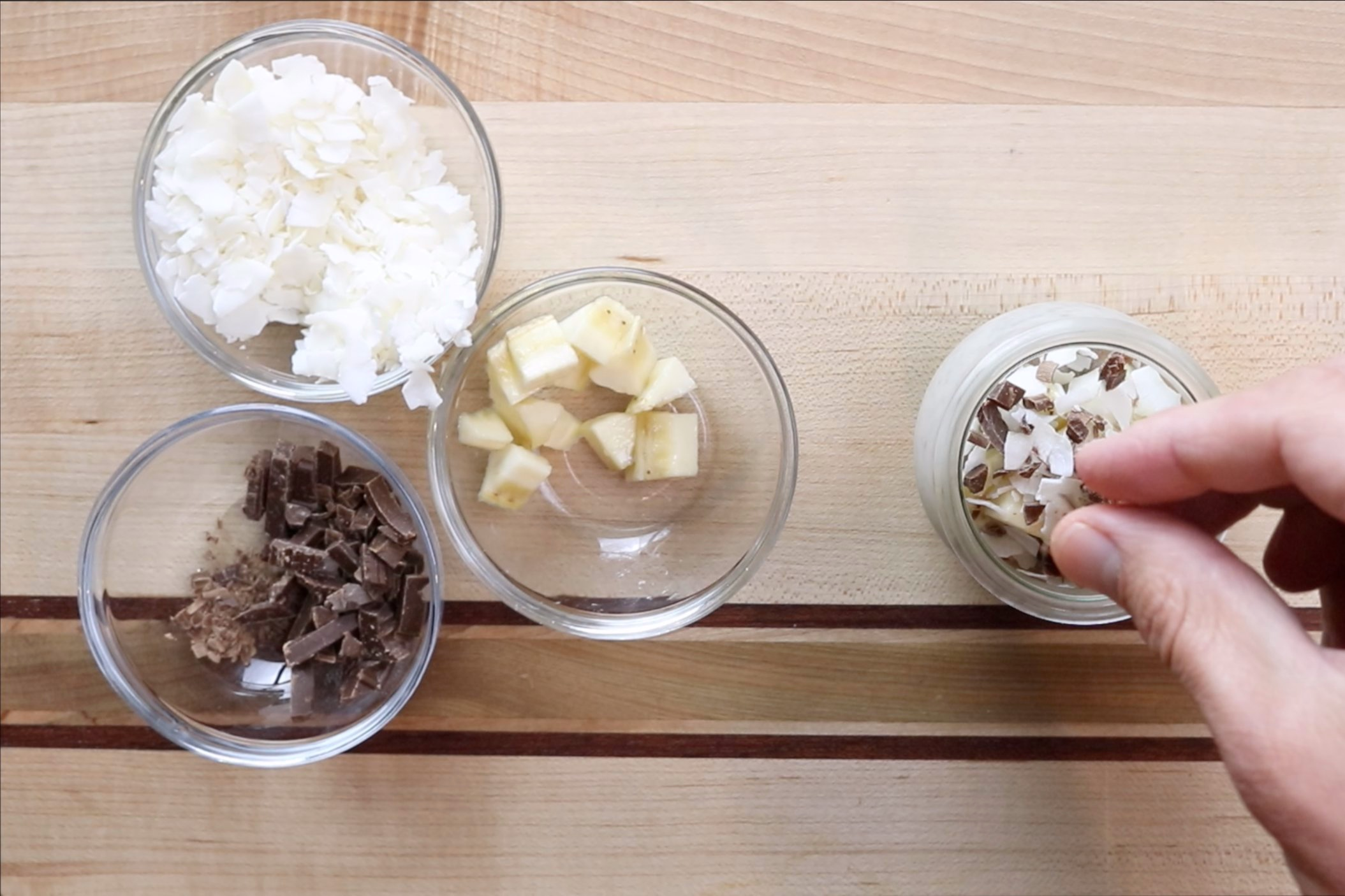 7. When it's ready to eat, top with chopped bananas, coconut and chocolate shavings. -