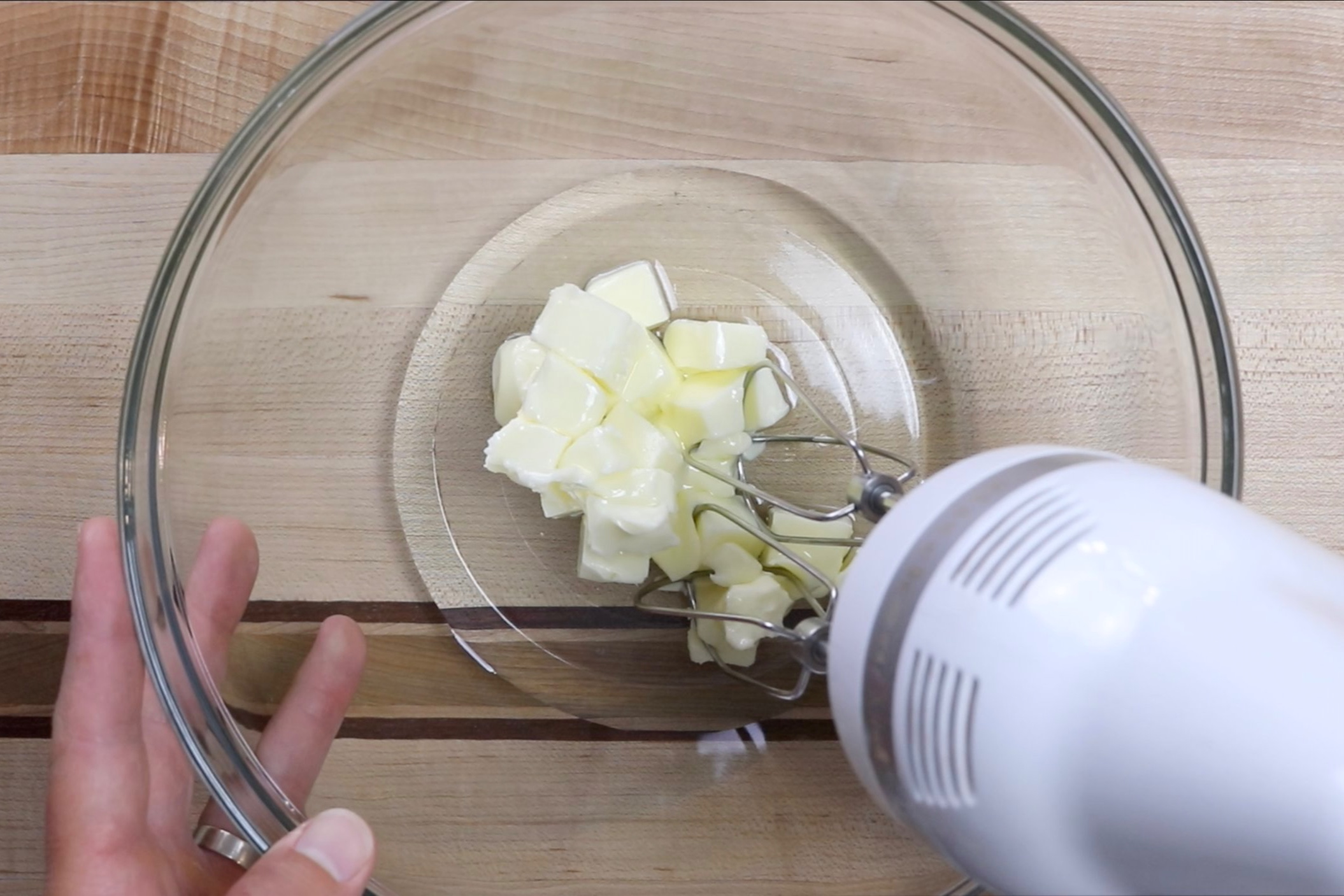 4. In the large bowl or in a stand mixer cream the butter and oil together on medium speed for 1-2 minutes. -