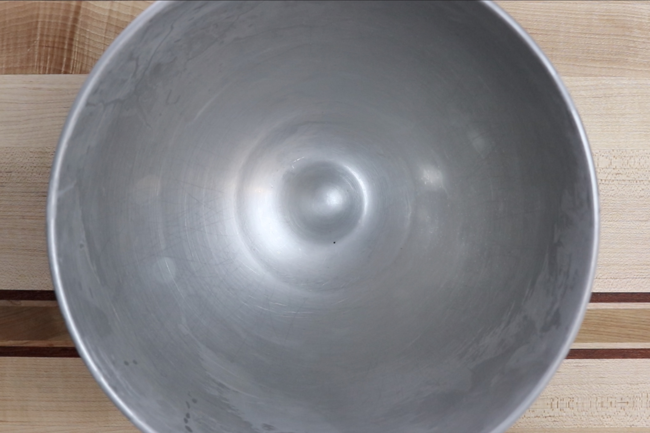 1. Place mixer bowl in freezer for at least 20 minutes to chill. -