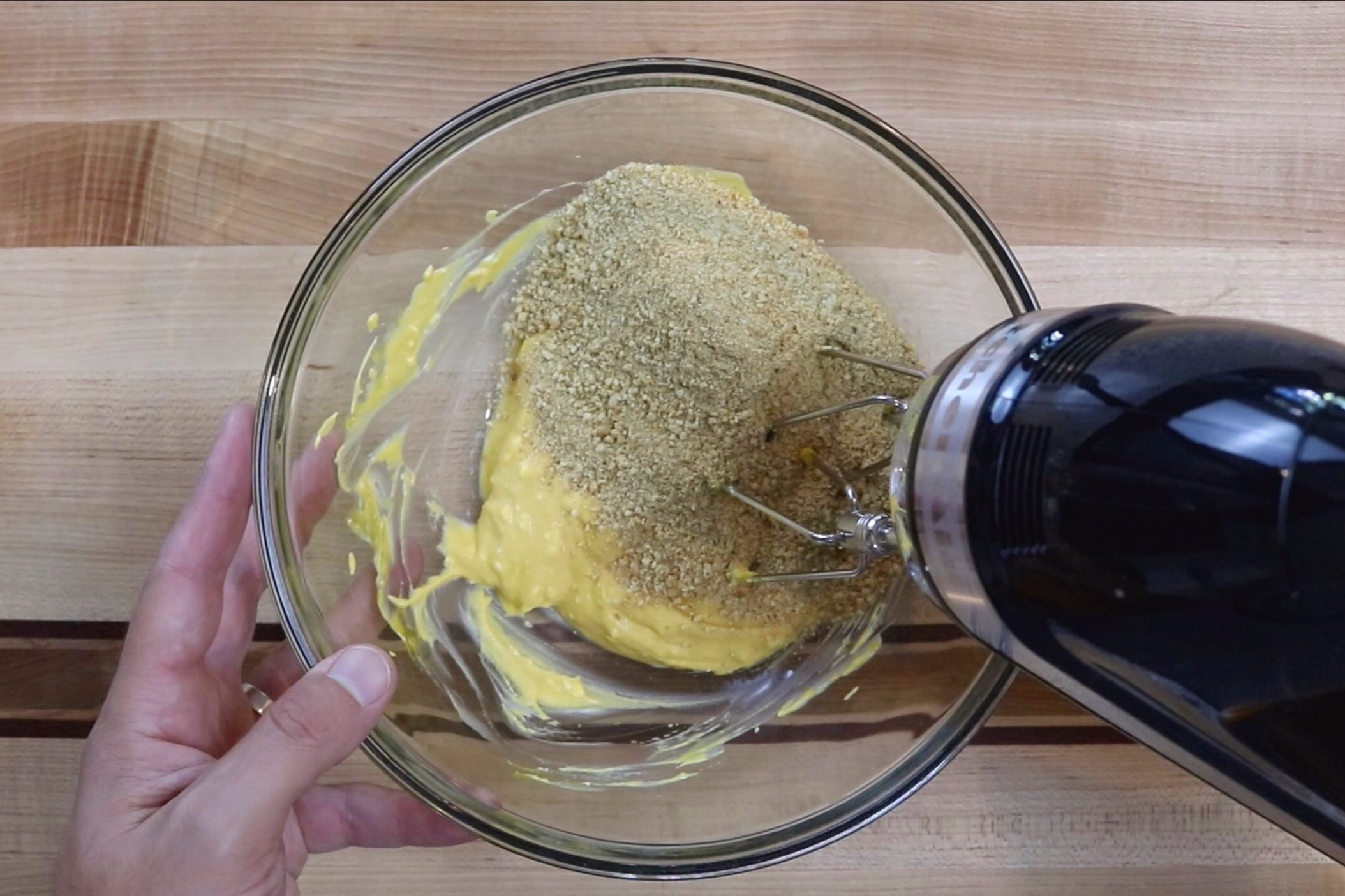 4.  Add the graham cracker mixture and mix until combined. -