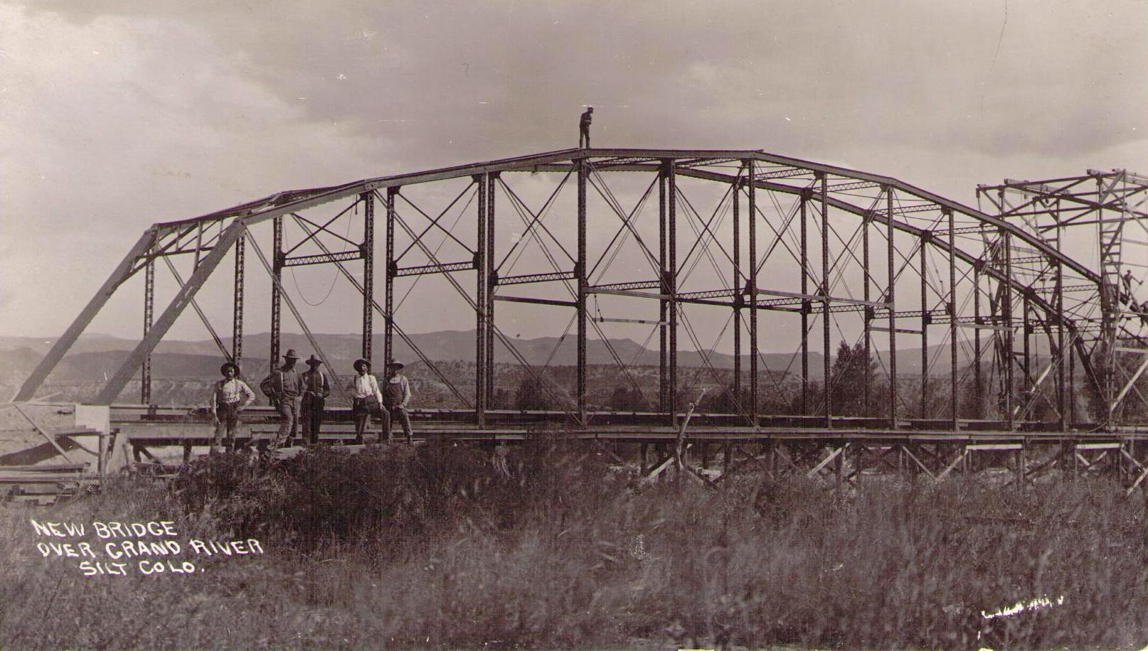 Building the Silt Bridge