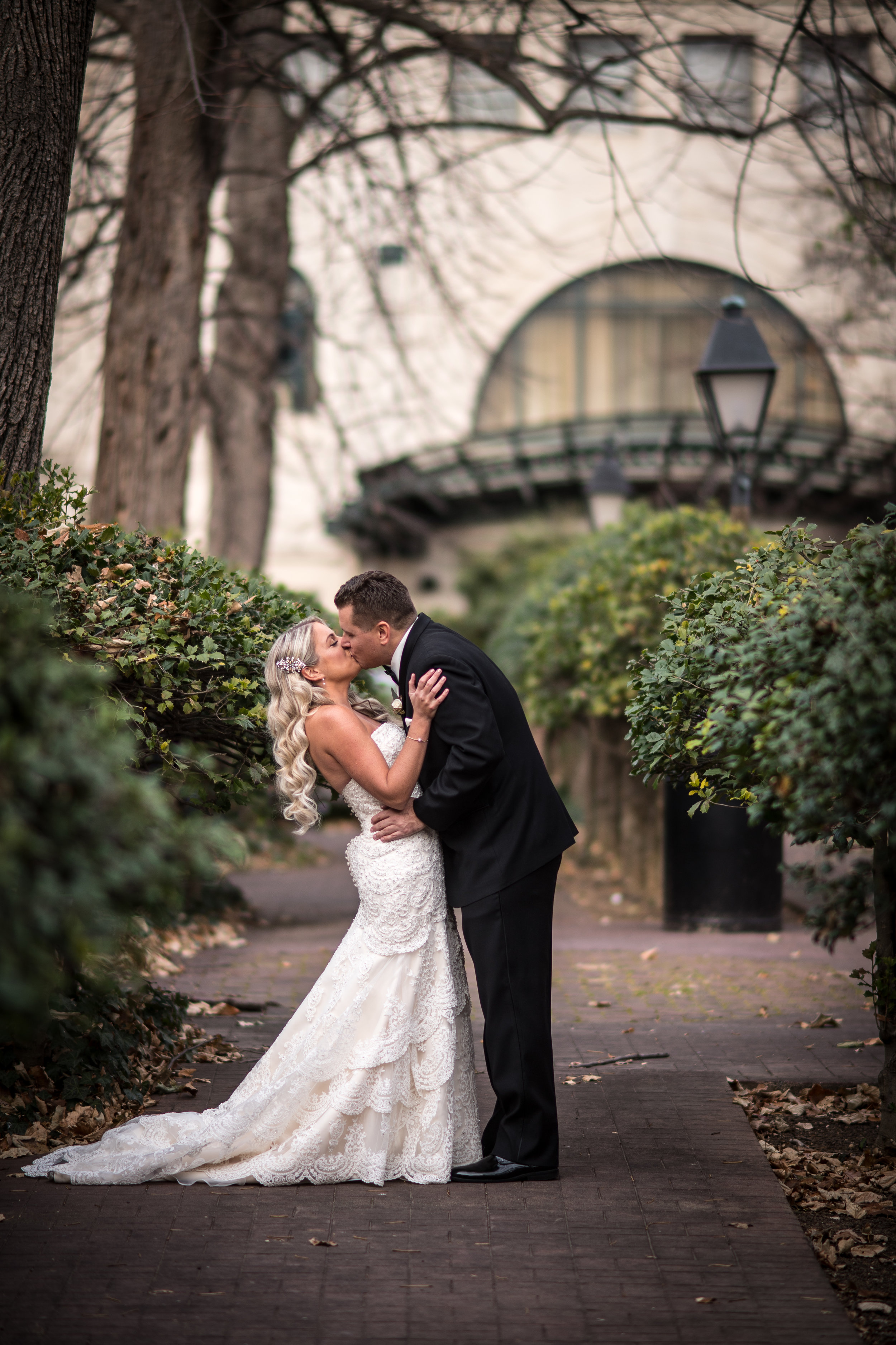 curtis-atrium-wedding-philadelphia-christine-charles-21.jpg