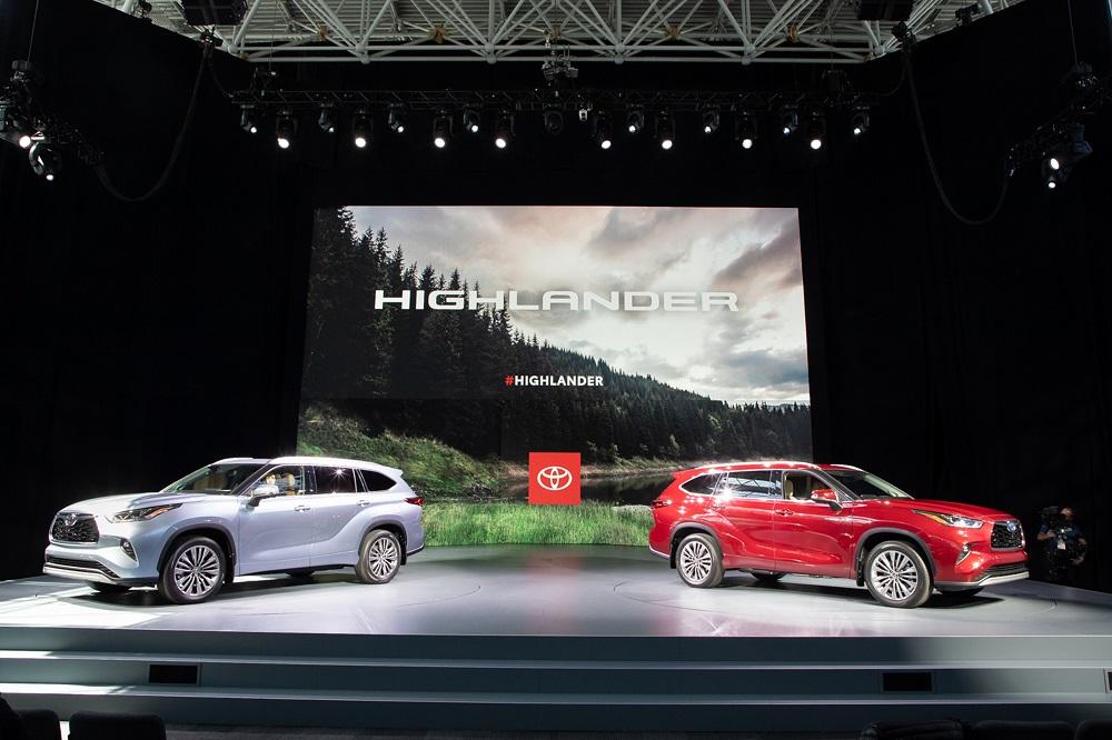 2020 Toyota Highlander 2.jpg