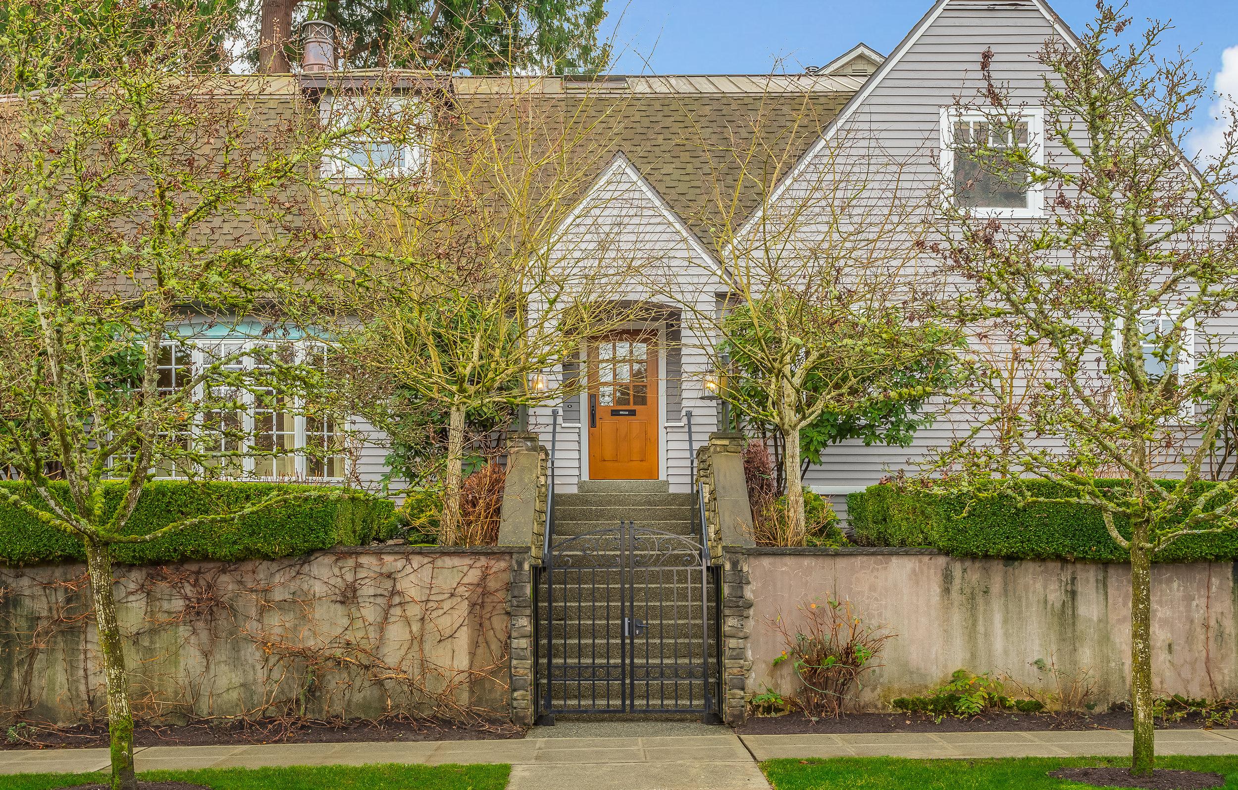 2605 E Lynn Street Seattle (28).jpg