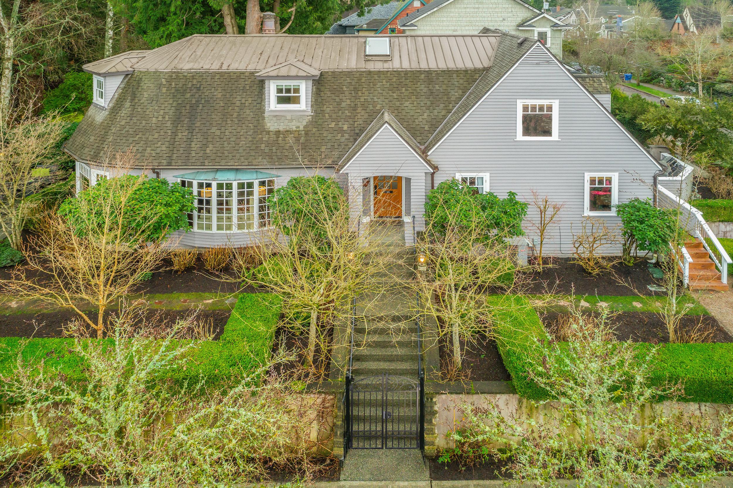 2605 E Lynn Street Seattle (26).jpg