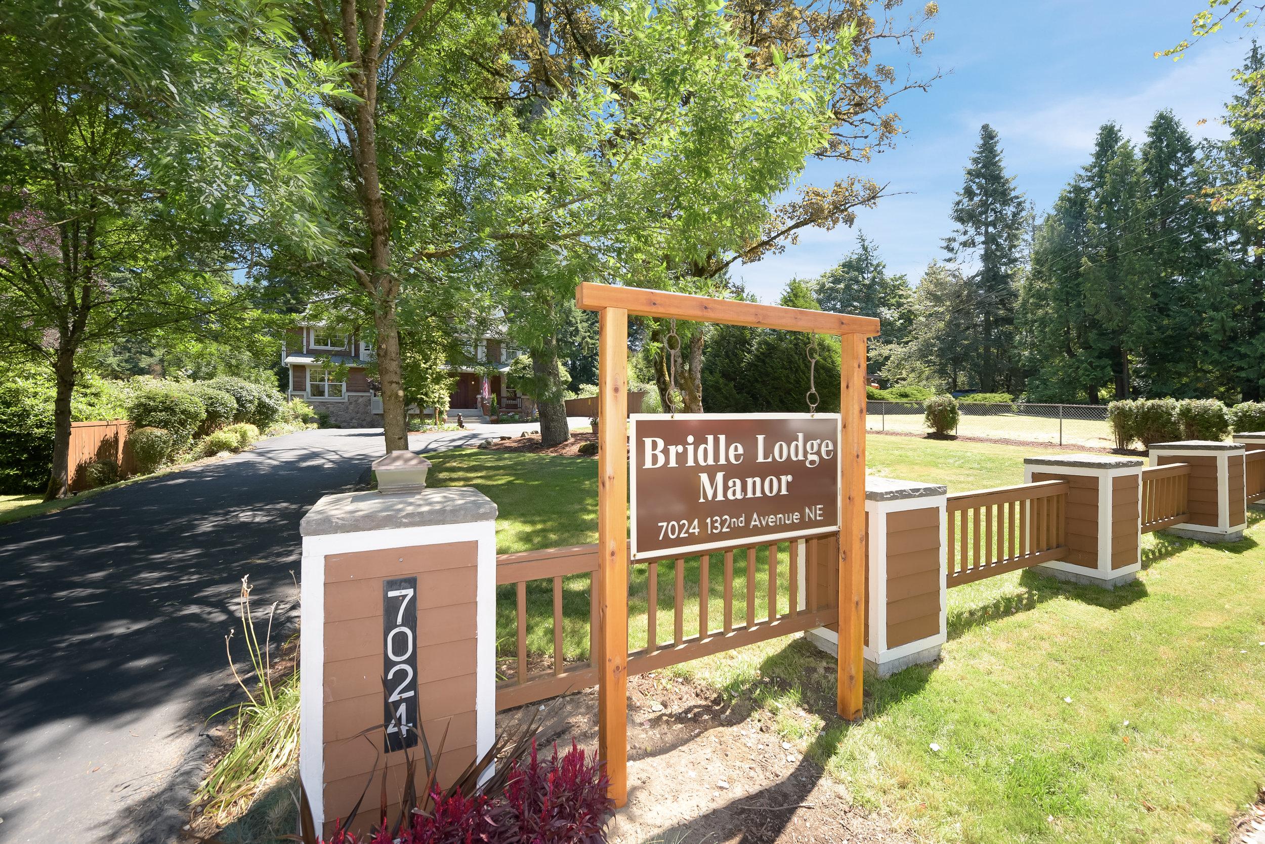 Bridle Lodge Manor - Nancy Klinck (1).jpg