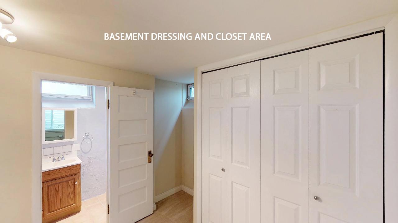 BASEMENT DRESSING ROOM.jpg