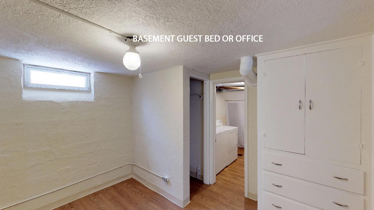 BASEMENT GUEST BED 1.jpg