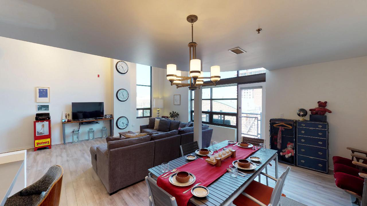Living and Dining Room 2.jpg