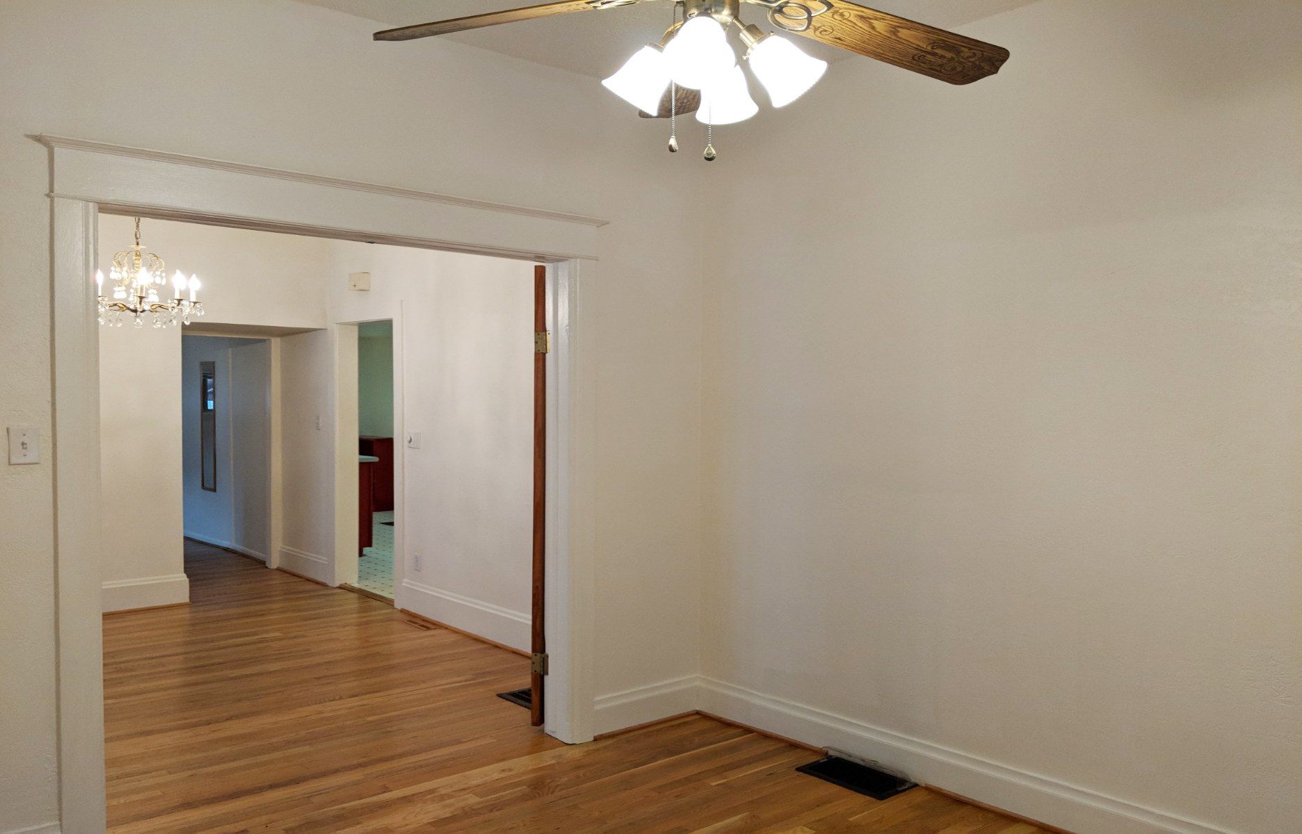 Den or Guest Room 1.jpg