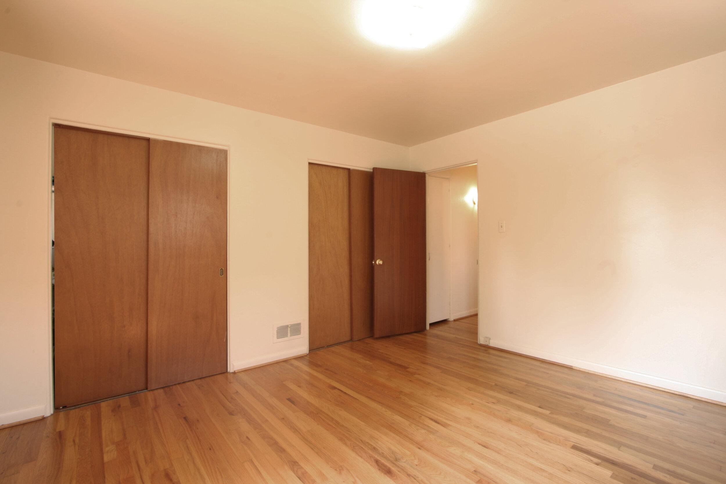 1st Bedroom 2.jpg