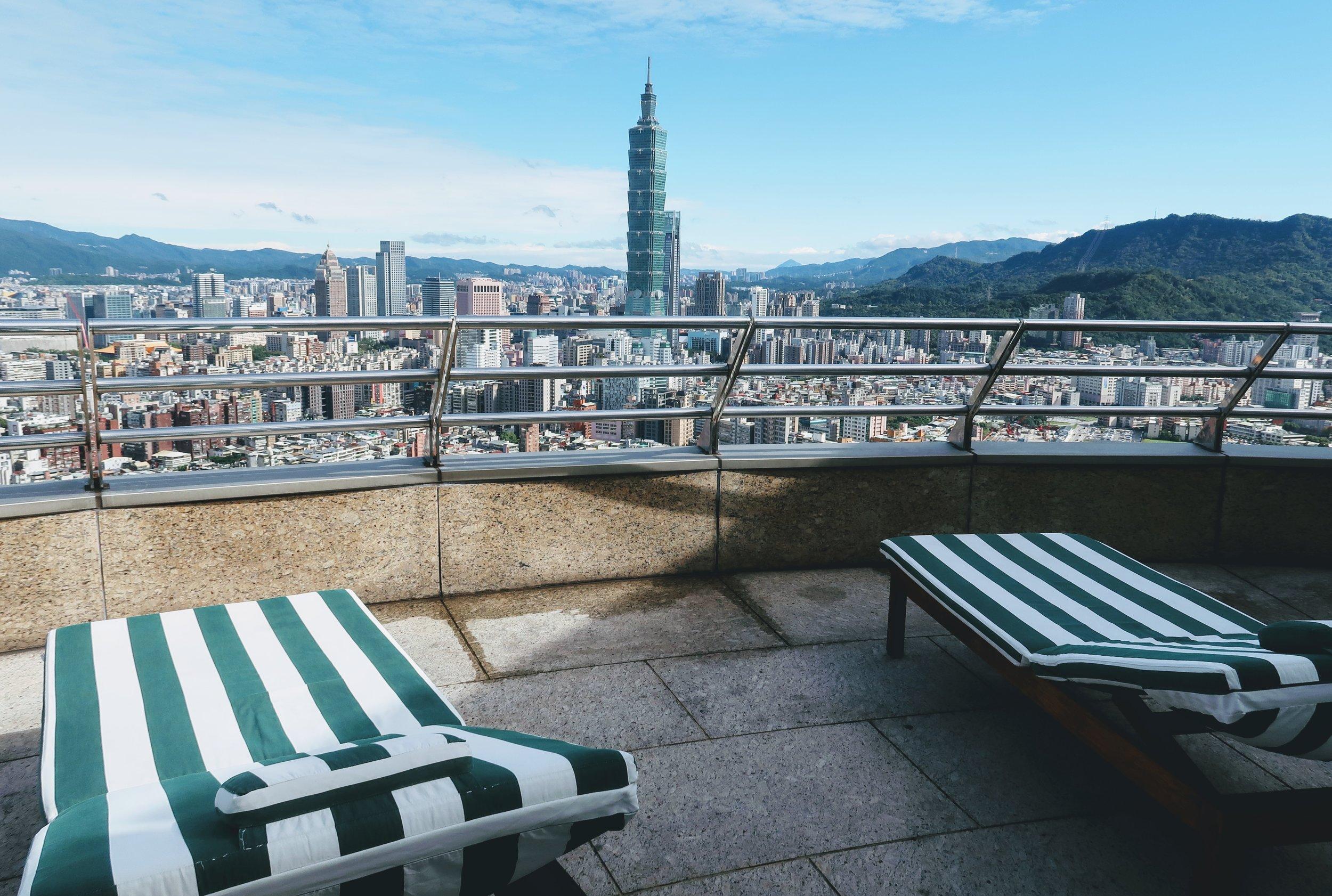 shangri-la-taipei-rooftop-taipei101-views