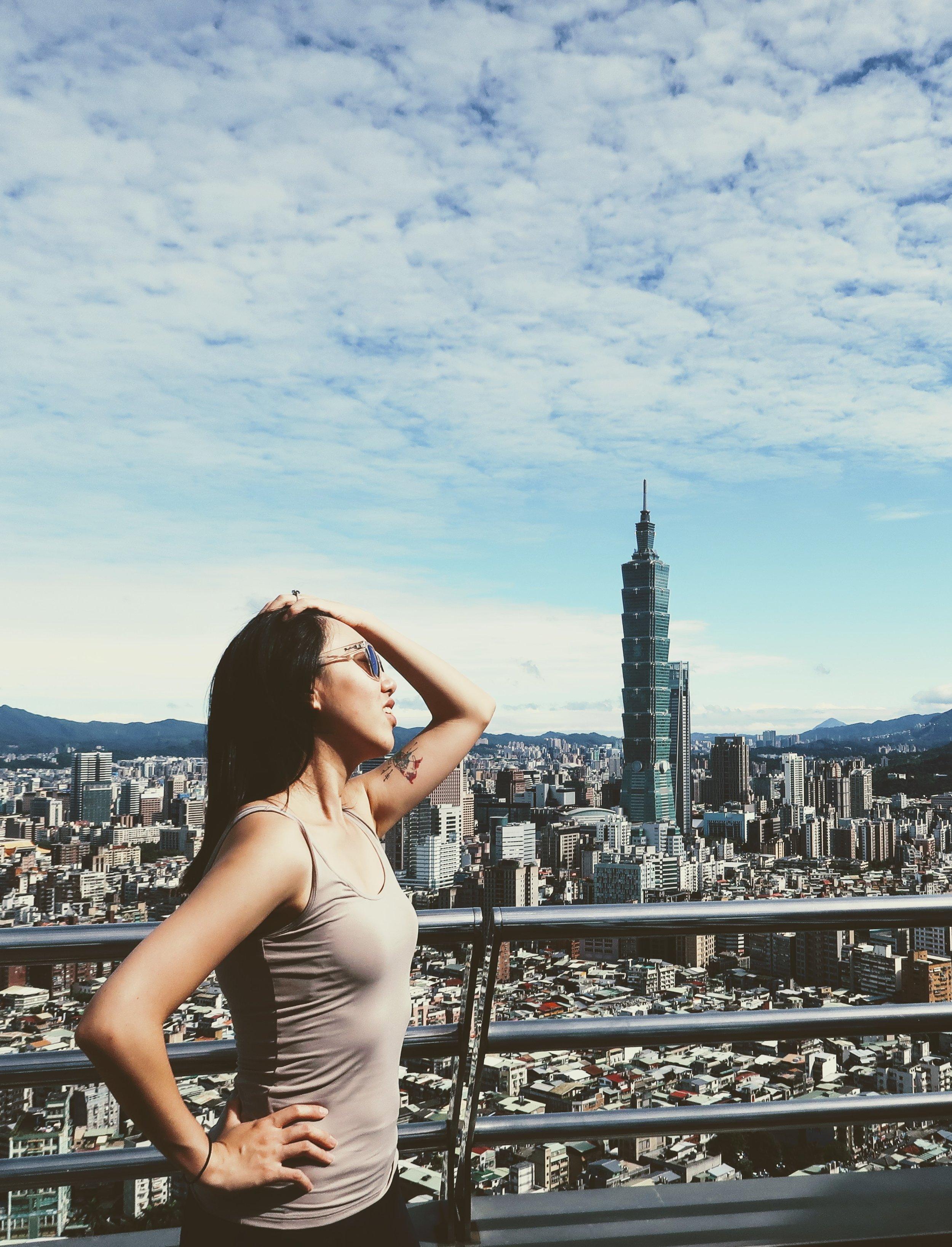 shangri-la-taipei-rooftop-morning-views